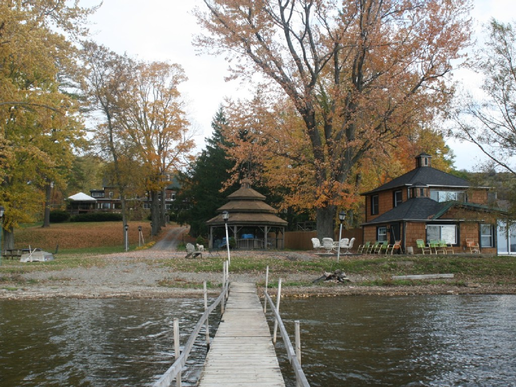 The Lake House Lodge, Restaurant & Hotel image 31
