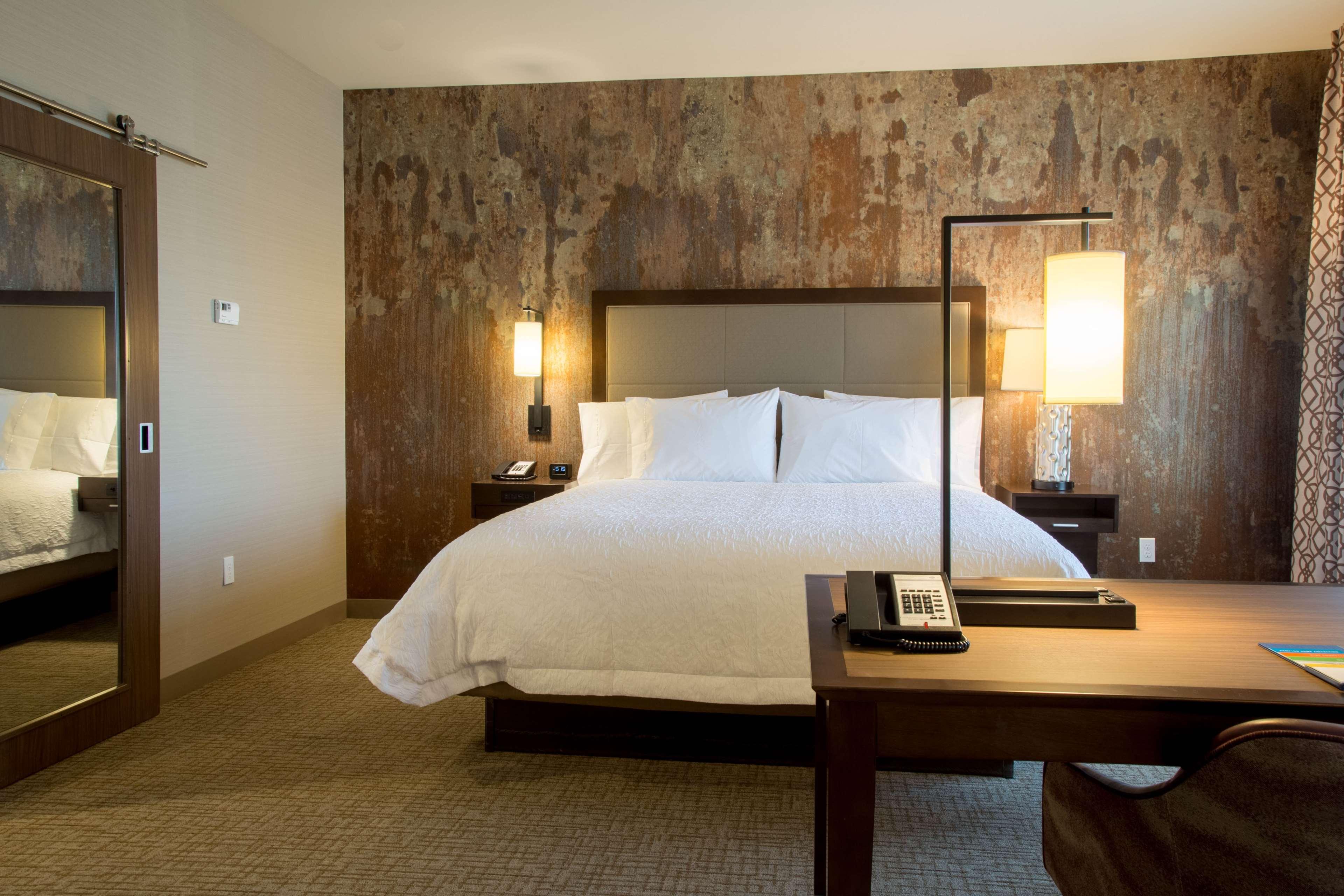 Hampton Inn & Suites Murrieta Temecula image 20