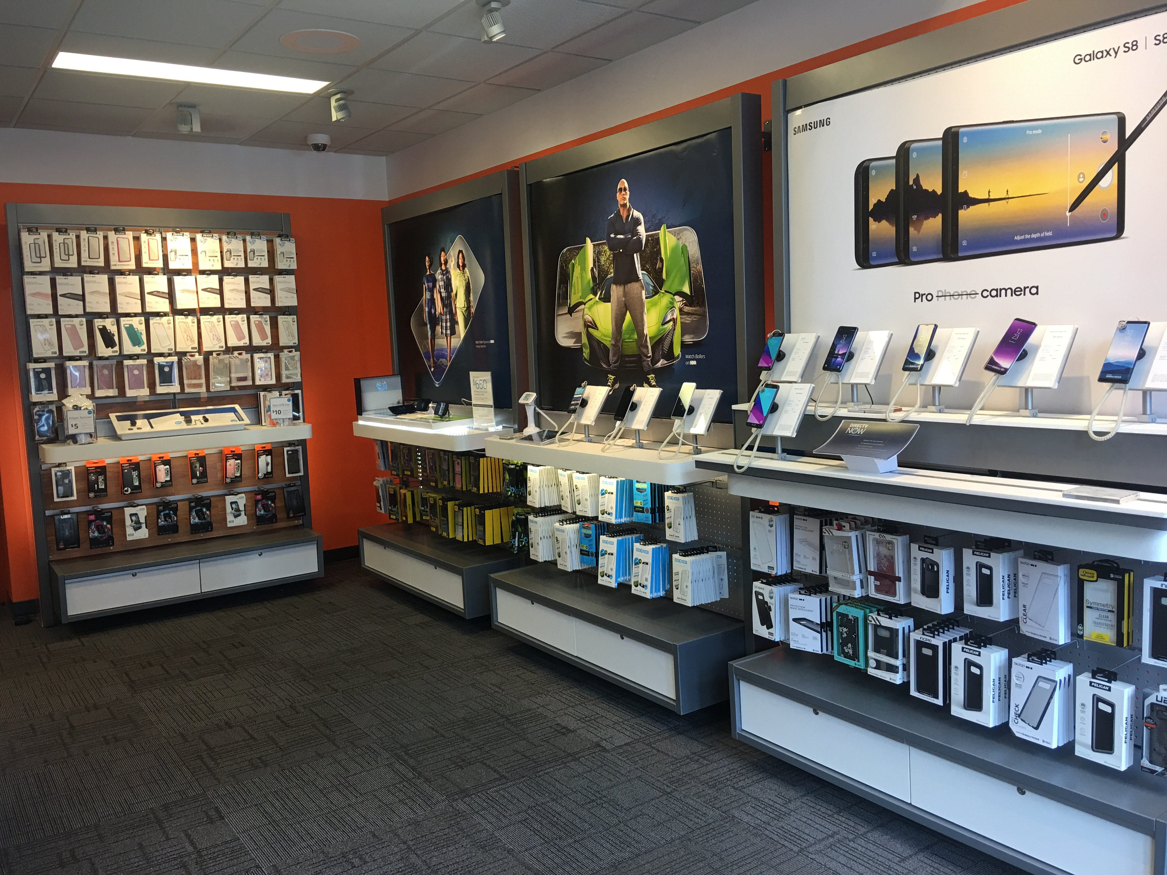 AT&T Store image 11