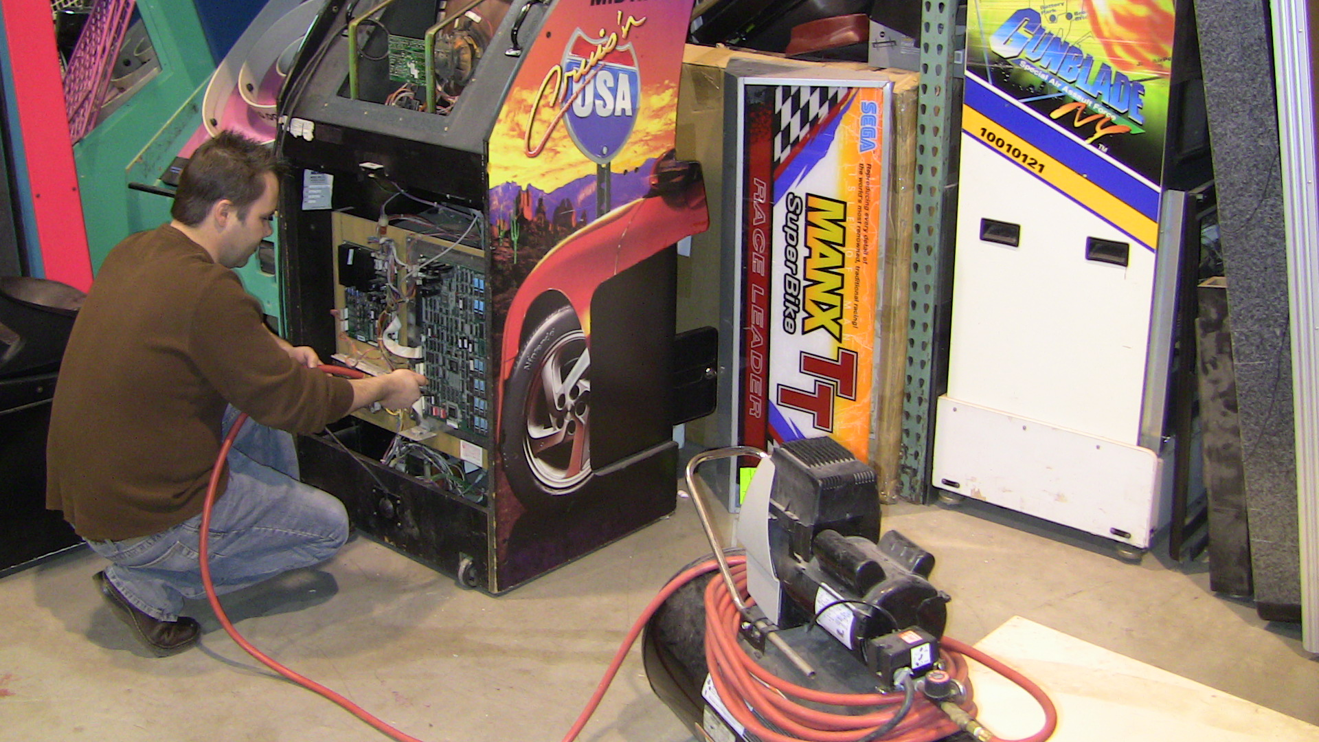 RB Pinball & Coin-Op Services image 6