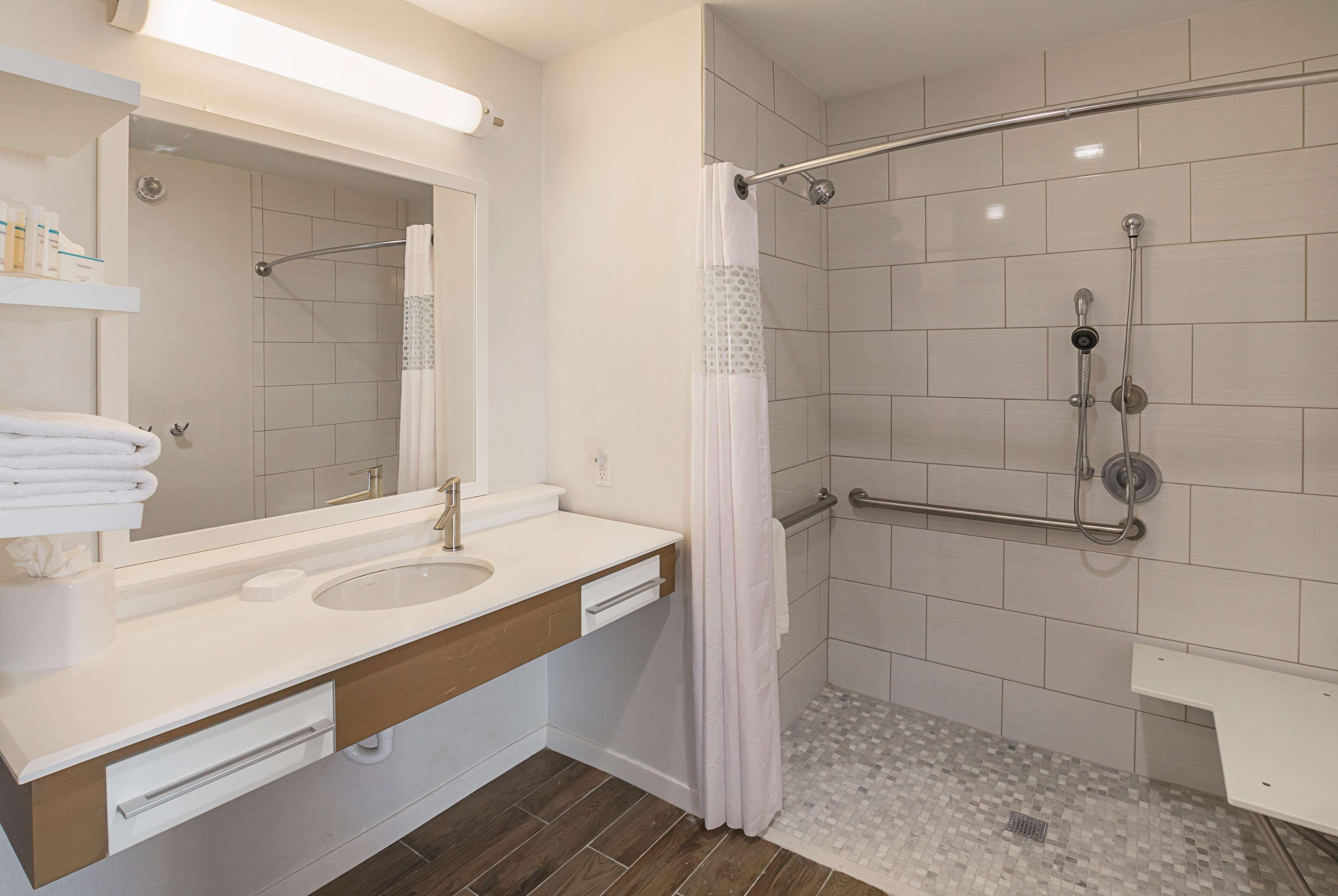 Hampton Inn & Suites Colleyville DFW West image 23