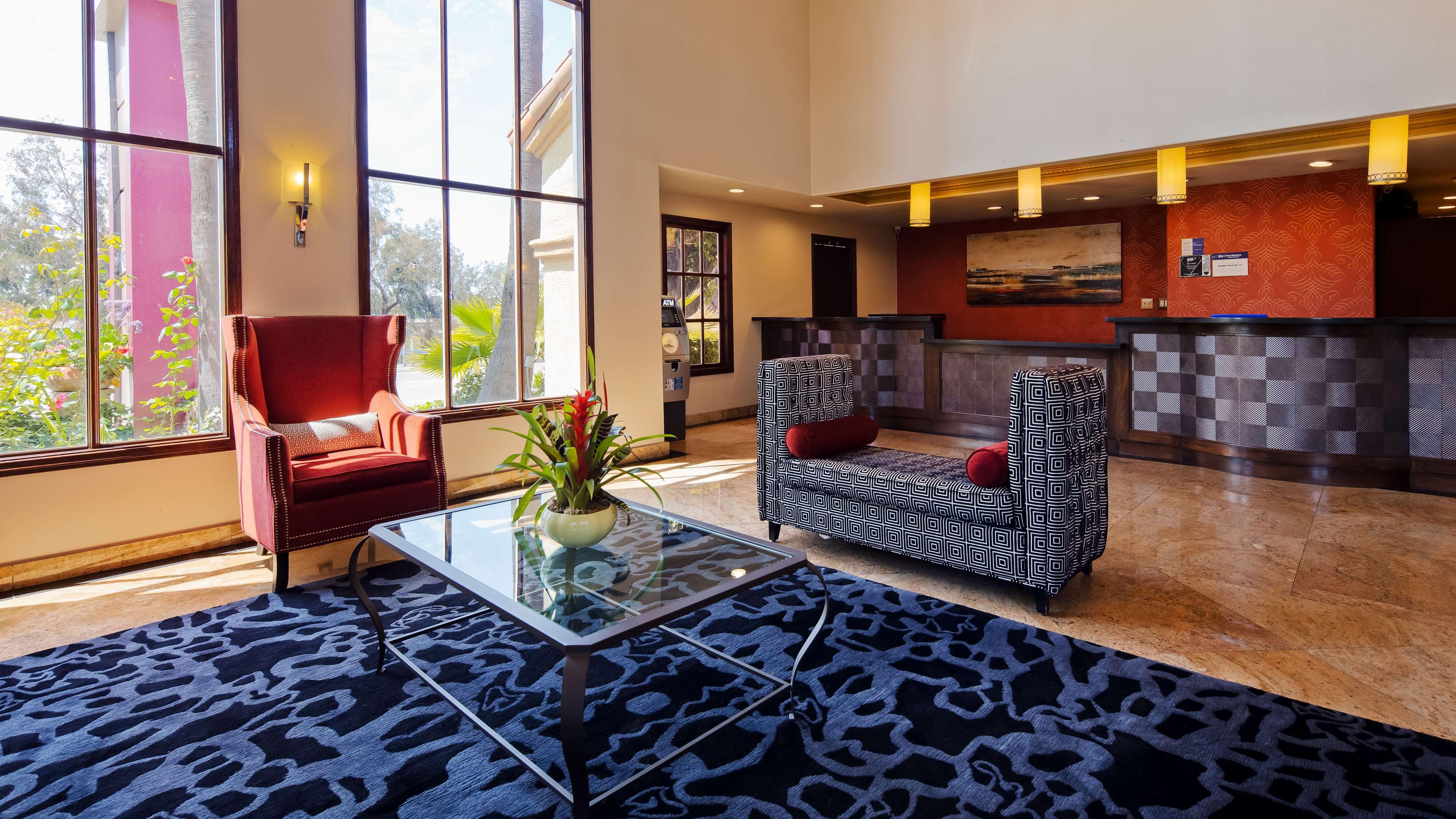 Best Western Plus Newport Mesa Inn image 3