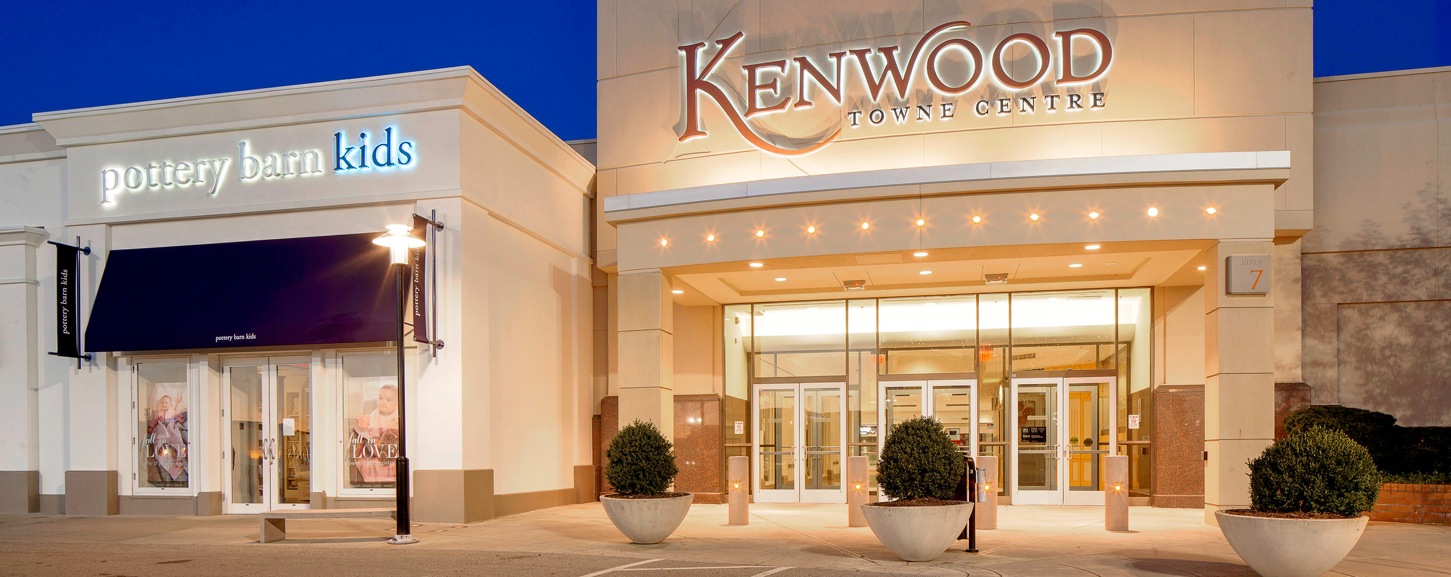 Oct 08, · Kenwood Towne Centre is the busiest and largest mall in Cincinnati. Now it's true that by square footage Forest Fair (or whatever it's called now) is /5().
