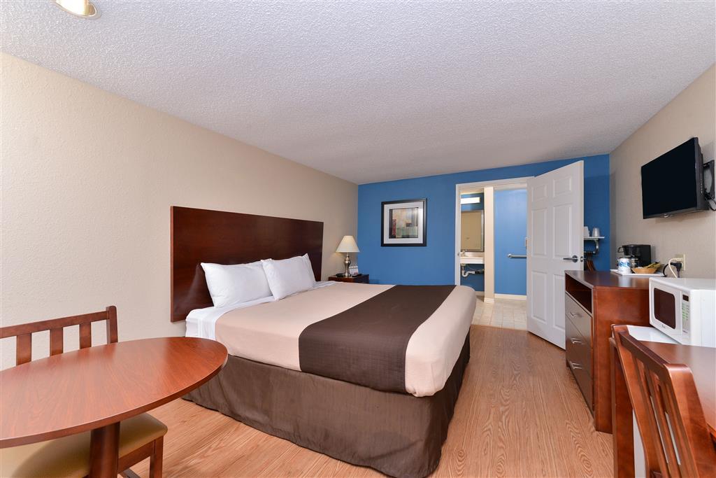 Americas Best Value Inn - St. Clairsville/Wheeling image 16