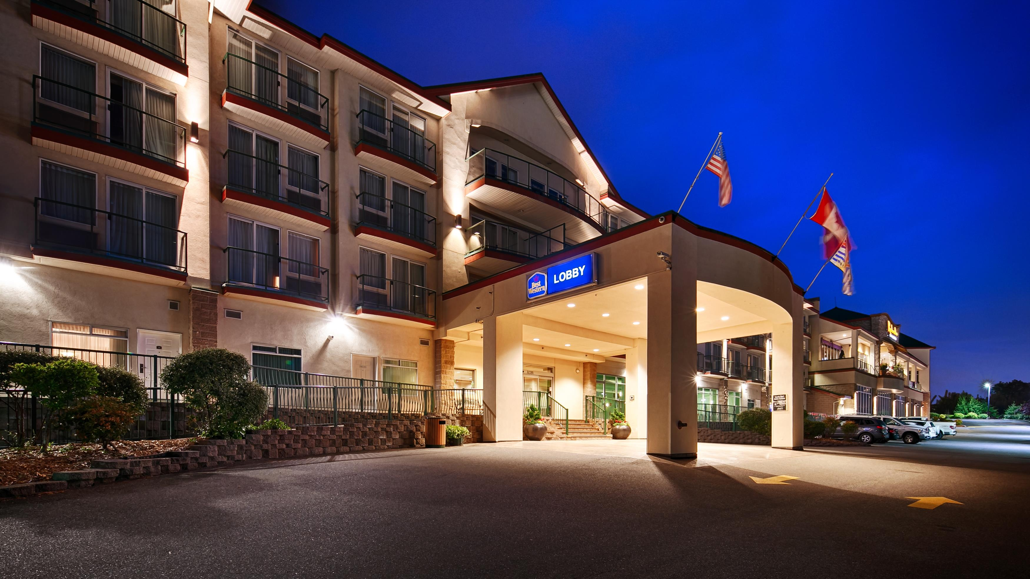 Best Western Plus Mission City Lodge in Mission: Exterior