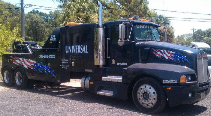 One of our fleet vehicles. Universal towing provides a number of towing and recovery services. Call (386) 255-0203 for more information.