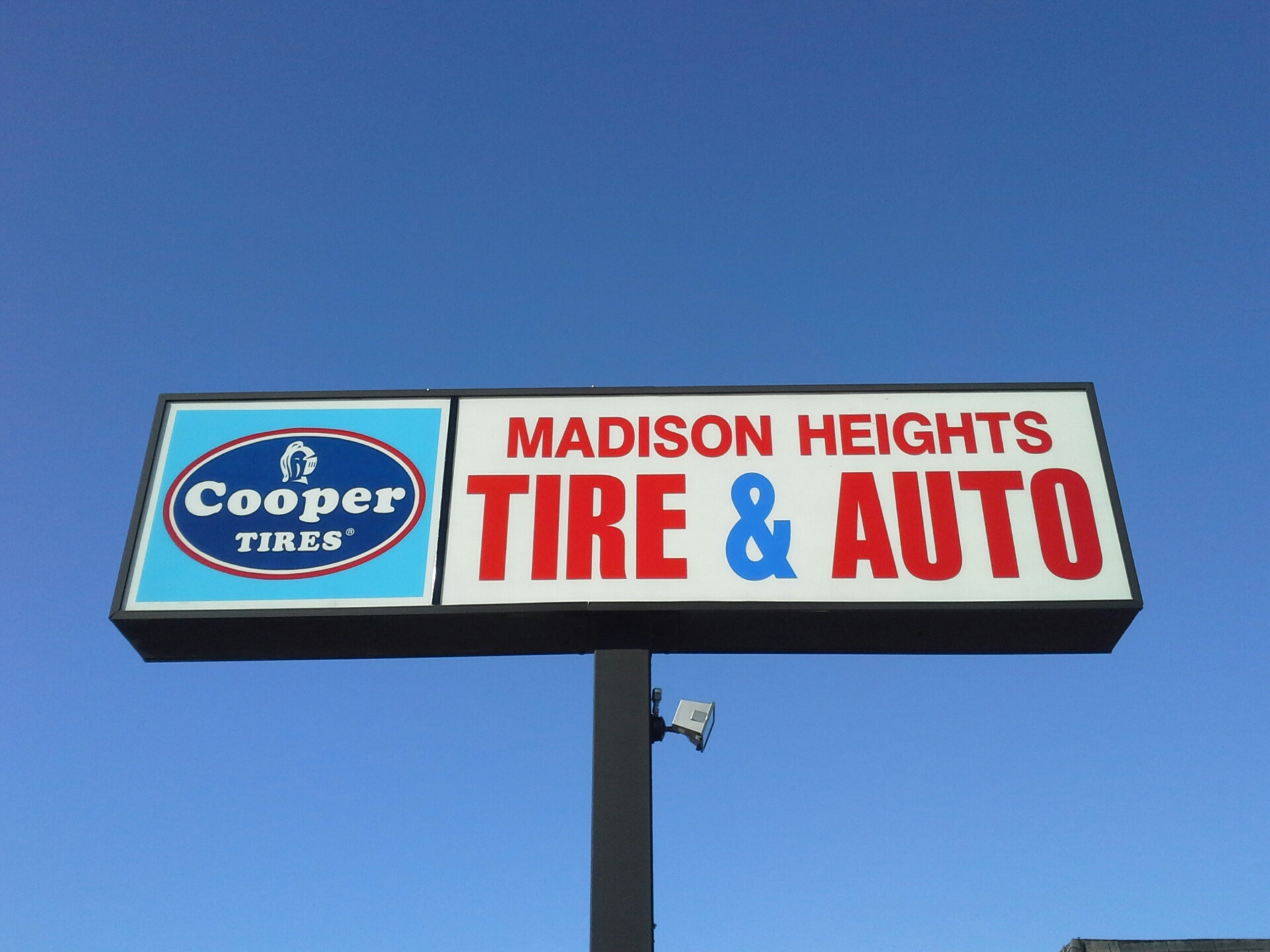 Madison Heights Tire & Auto image 1