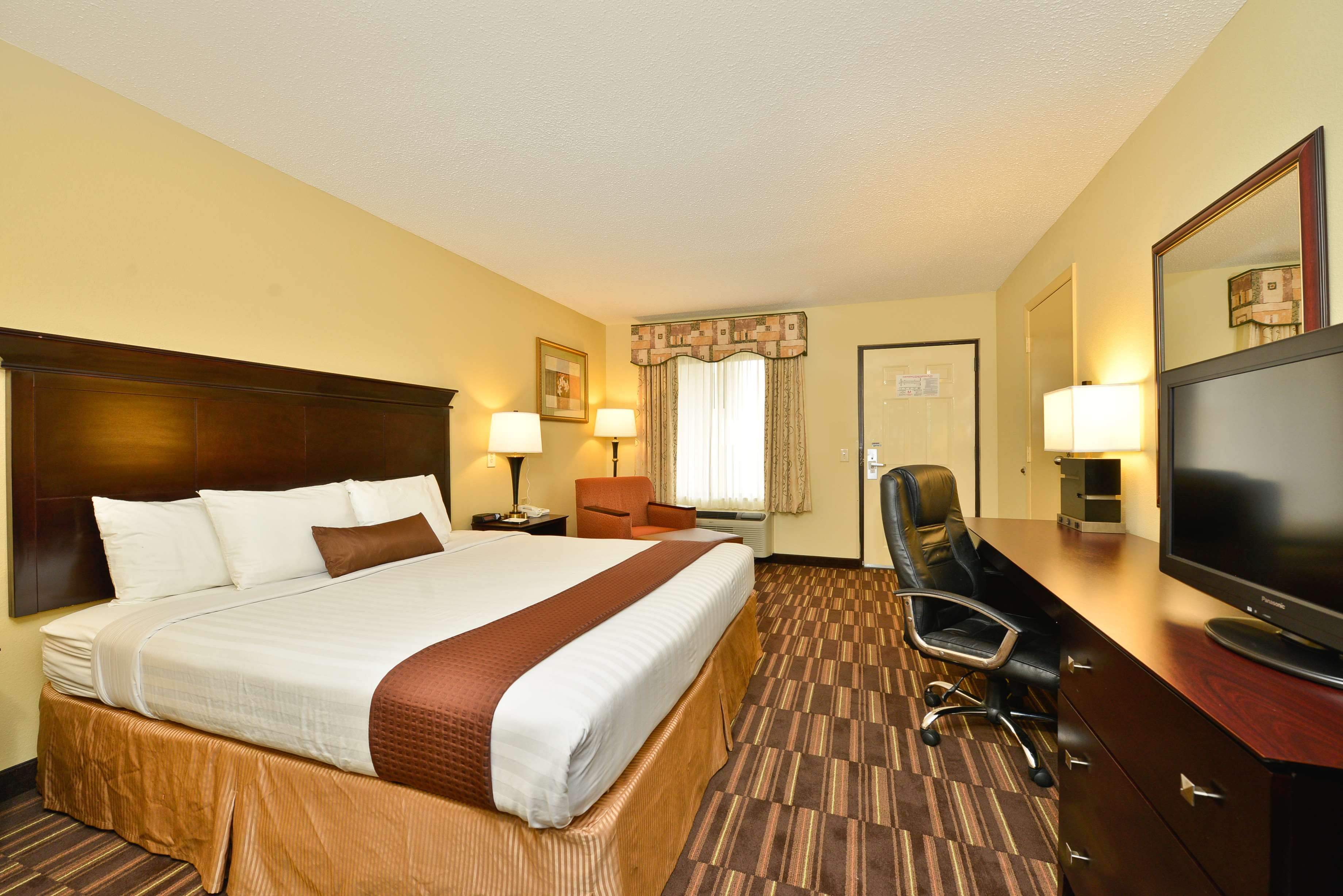 King Mobility Accessible Guest Room
