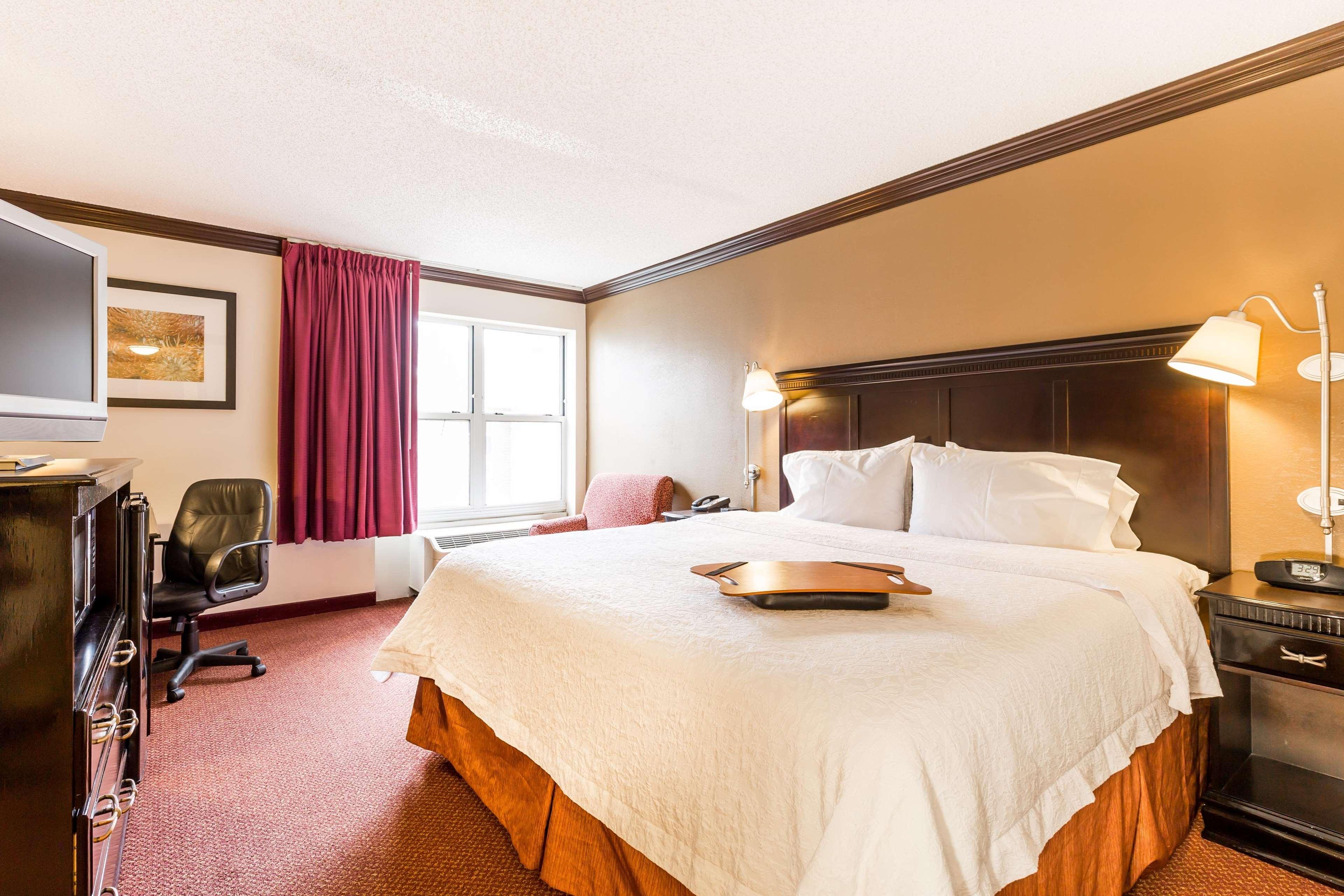 Hampton Inn & Suites Chicago/Hoffman Estates image 27