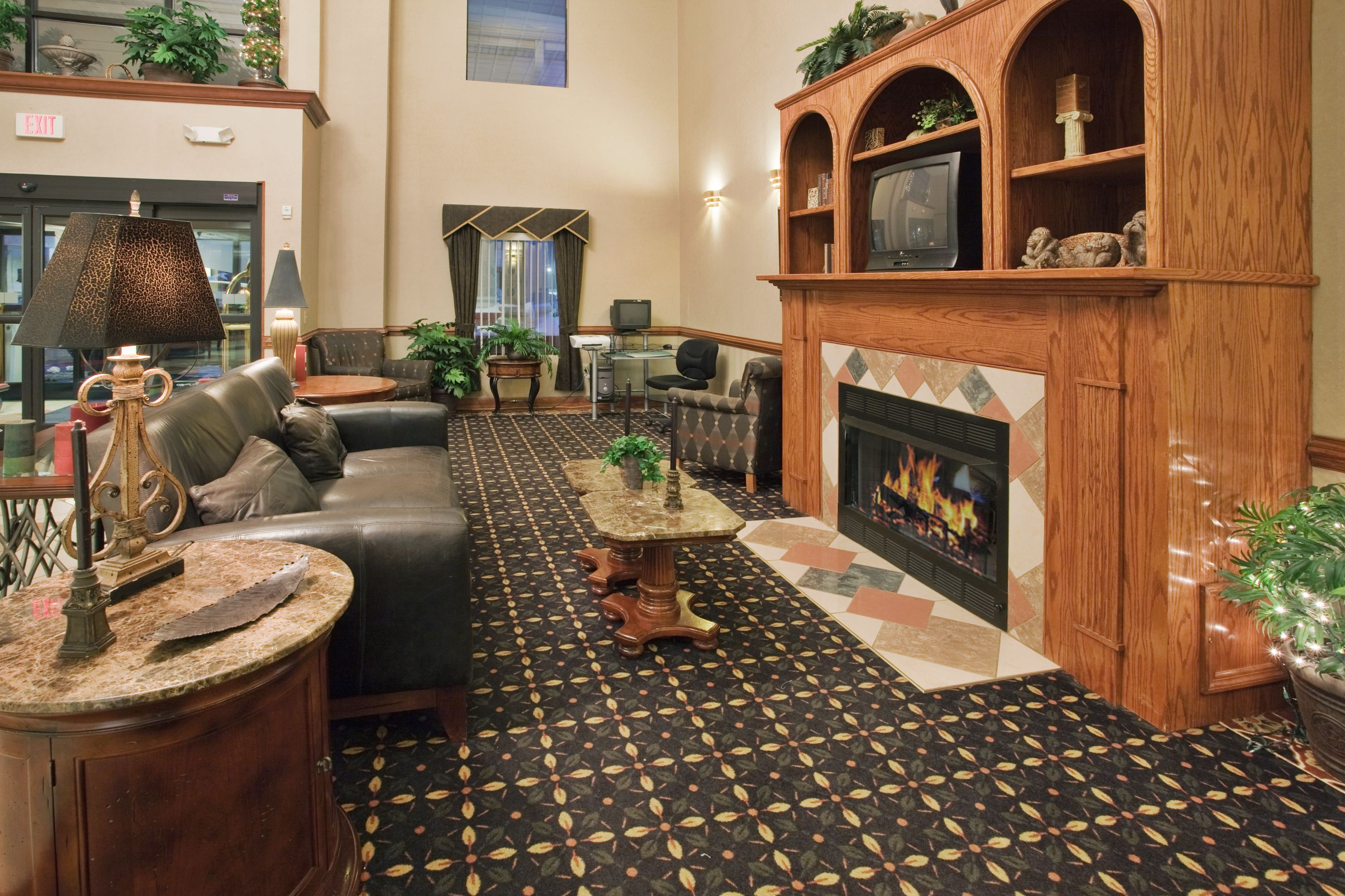 Holiday Inn Express & Suites Laurinburg image 4