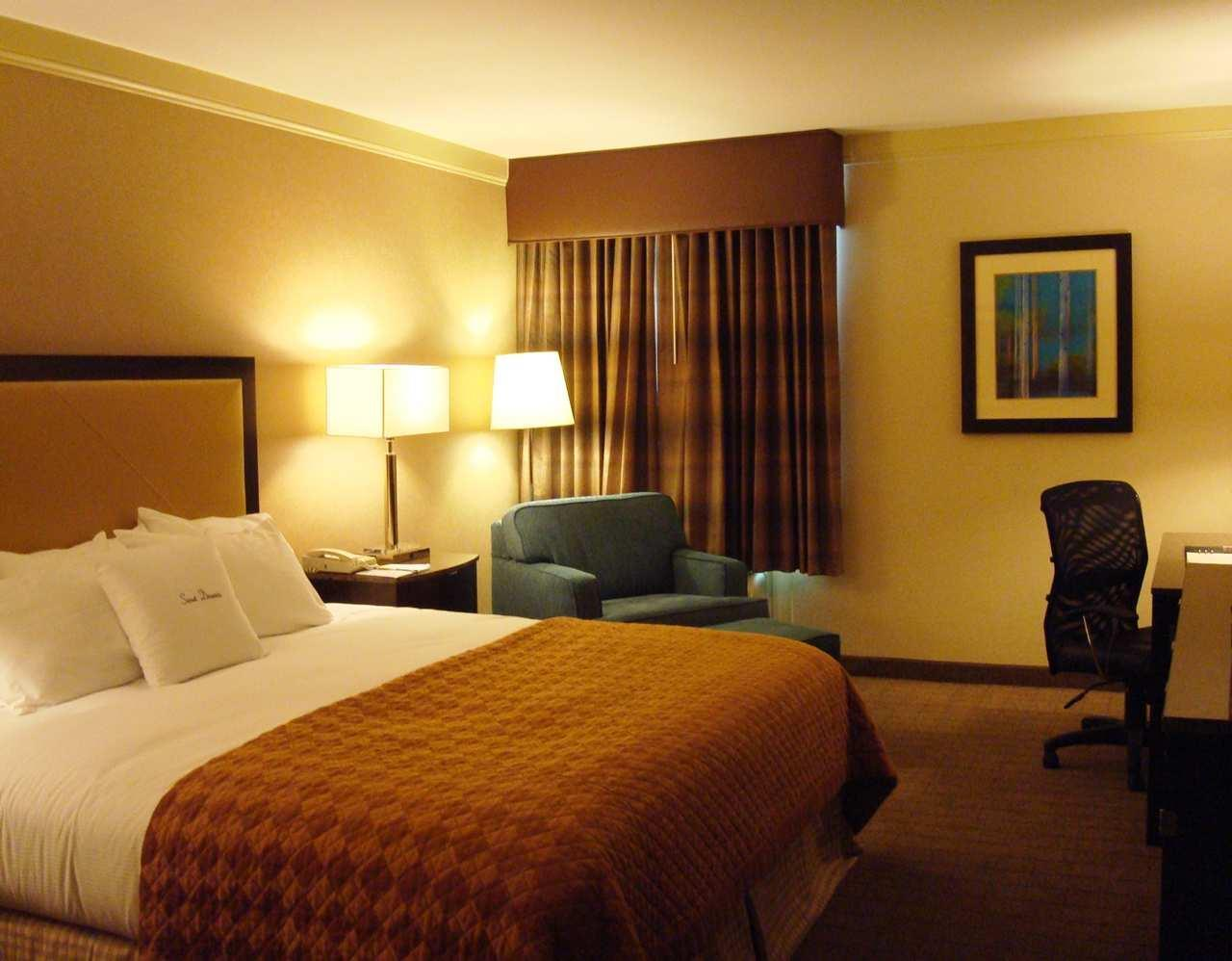 DoubleTree by Hilton Hotel Wilmington image 1