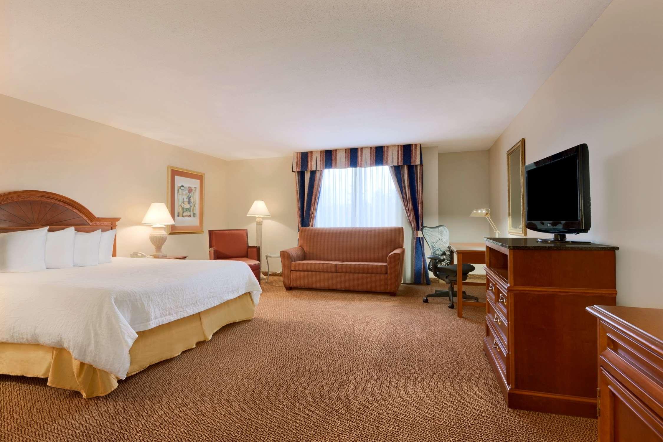 Hilton Garden Inn Syracuse image 14
