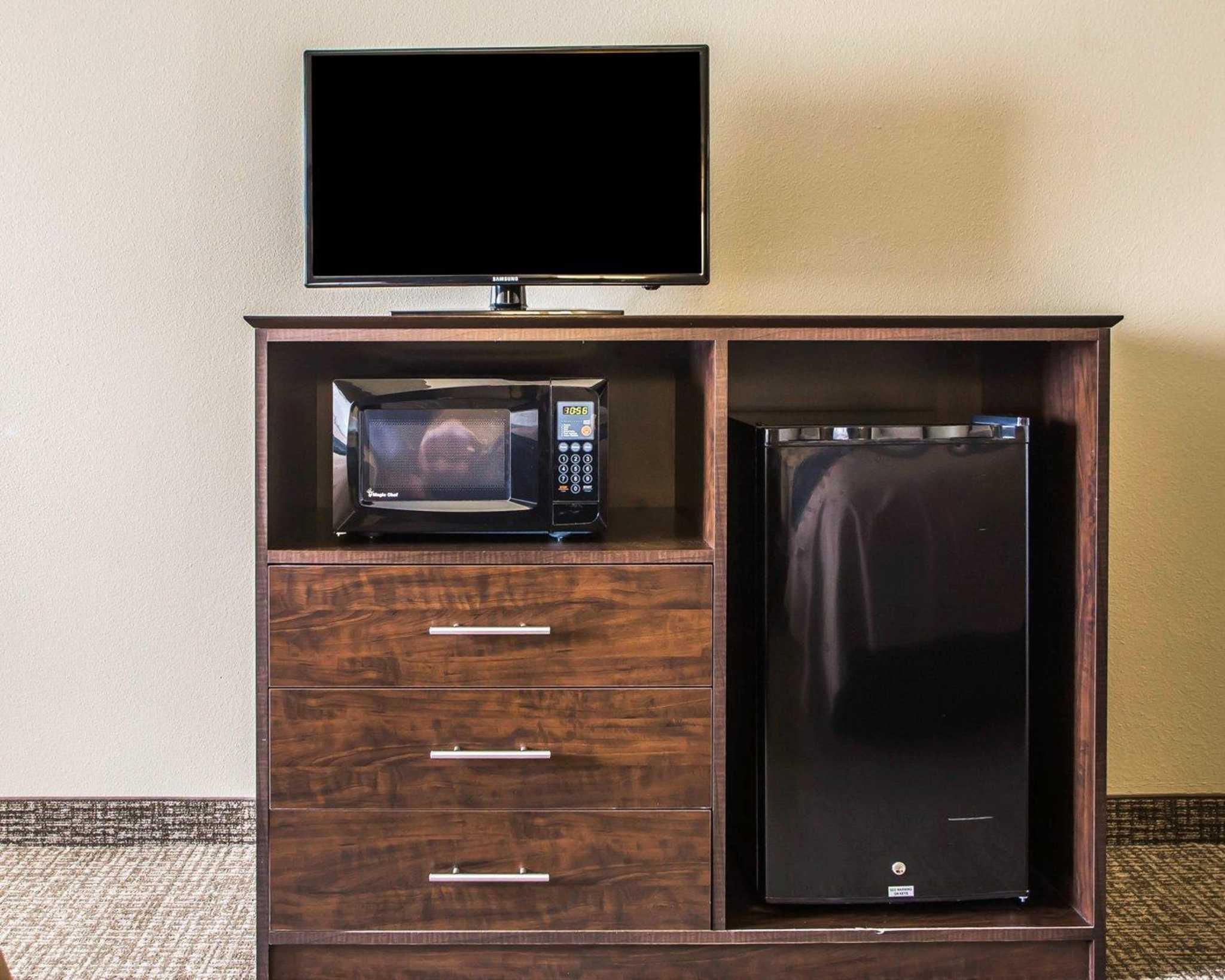 Comfort Inn & Suites Waterloo – Cedar Falls image 4