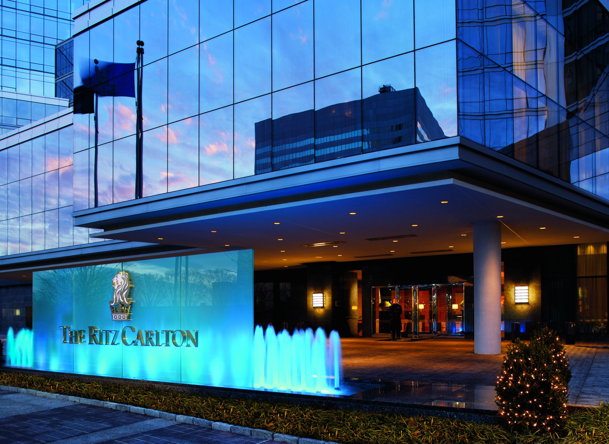 the ritz charlton hotel The ritz-carlton, cancun in cancun on hotelscom and earn rewards nights collect 10 nights get 1 free read 375 genuine guest reviews for the ritz-carlton, cancun.