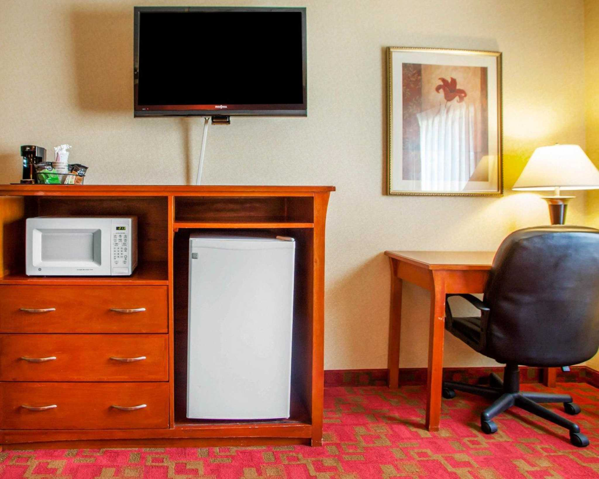 Quality Inn & Suites Kansas City - Independence I-70 East image 19