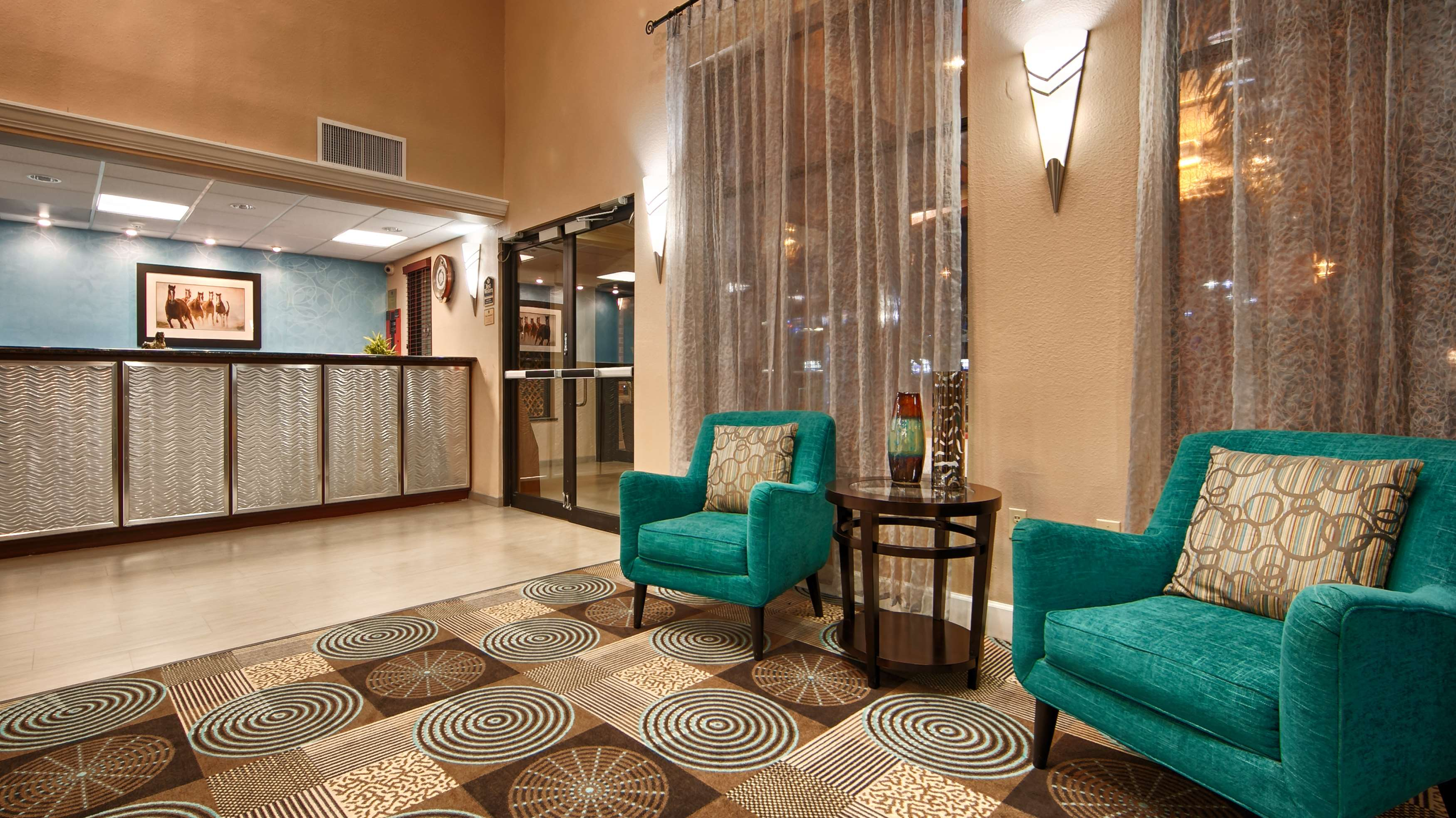 Best Western Plus Sam Houston Inn & Suites image 4
