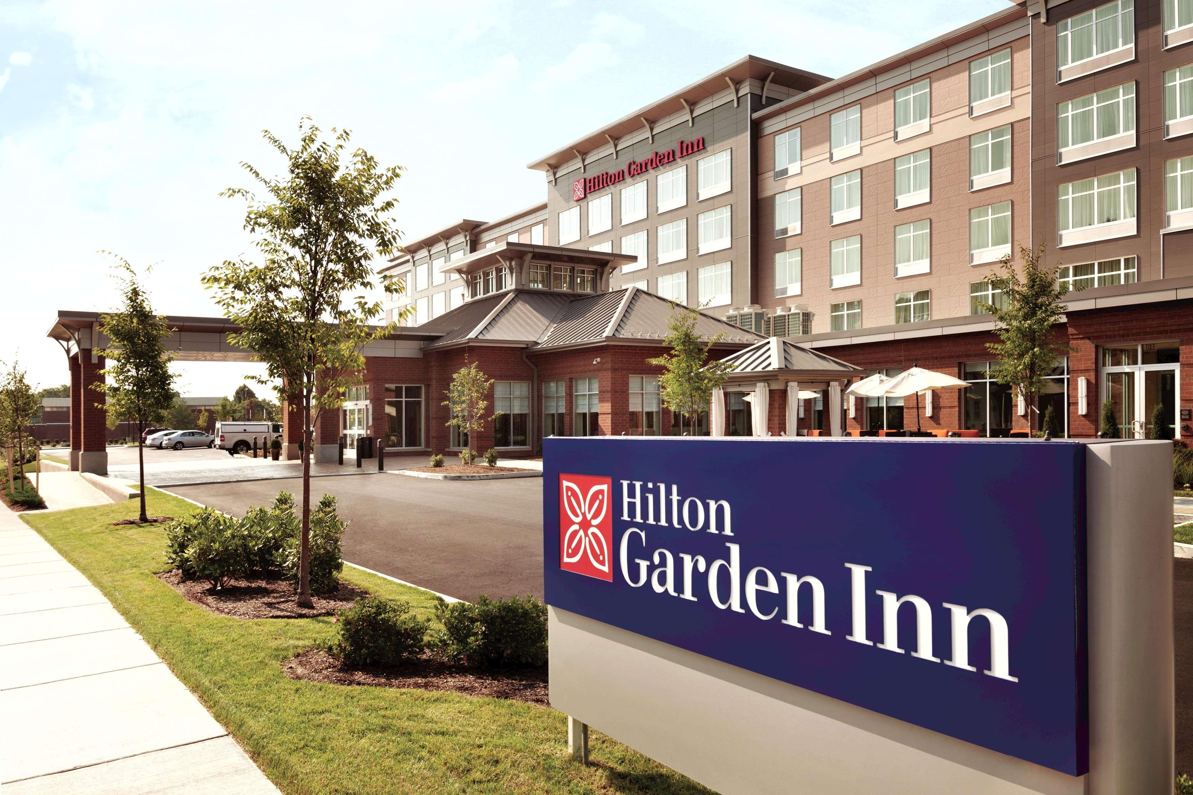 Hilton Garden Inn Boston Logan Airport 100 Boardman Street Boston Ma