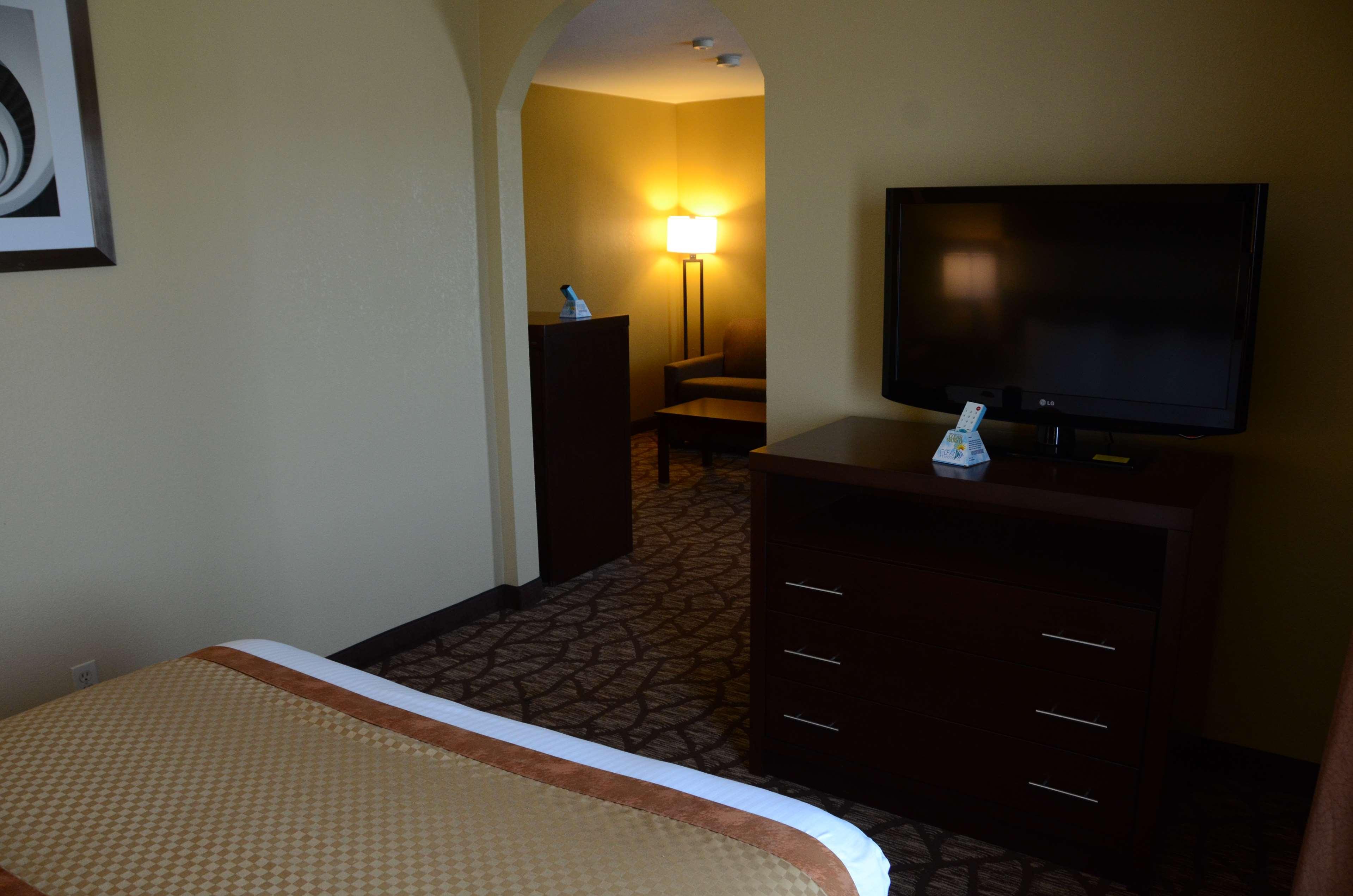Best Western Joliet Inn & Suites image 31