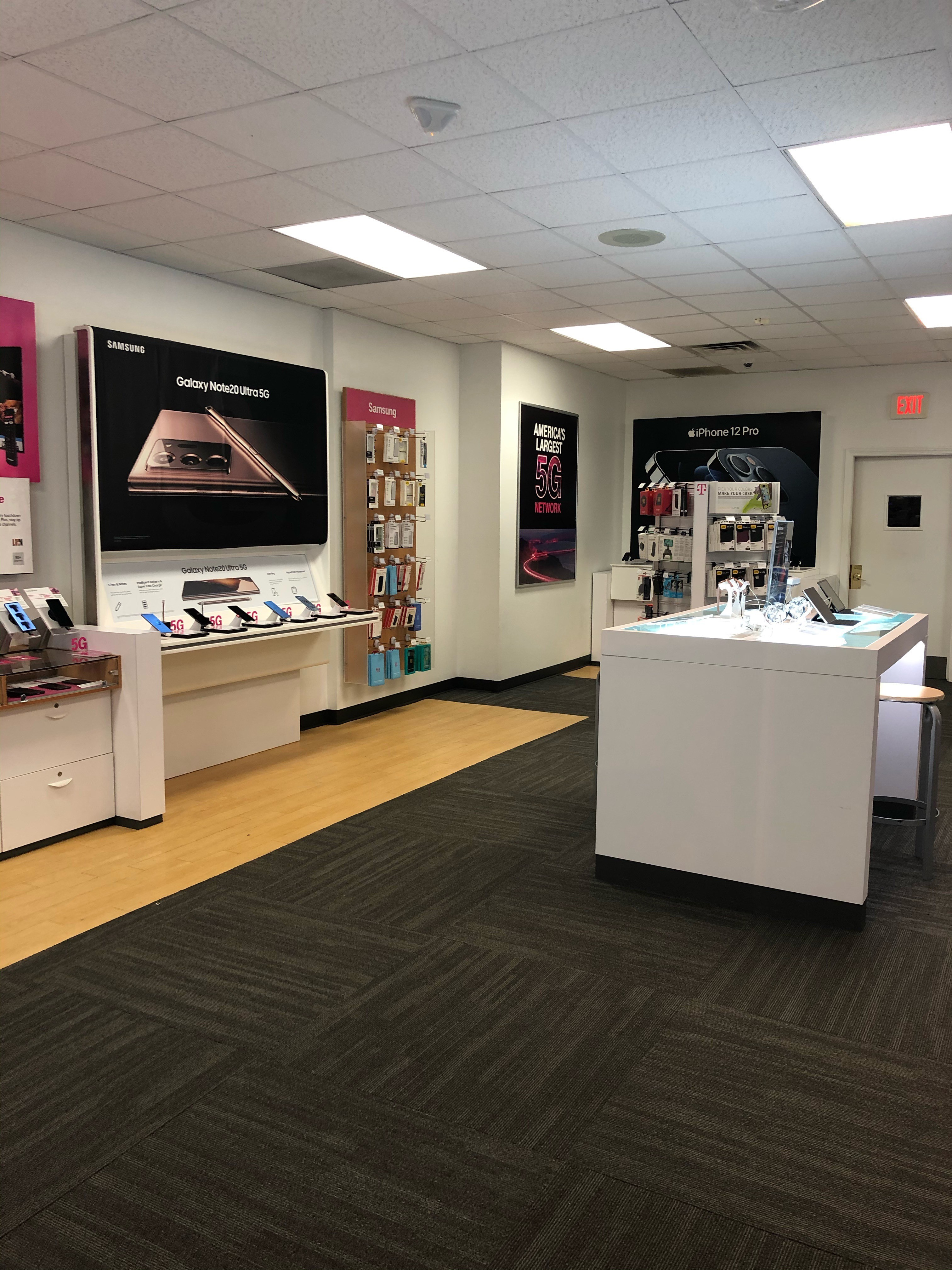 T-Mobile Store at 7 William S Canning Blvd, Fall River, MA  T-Mobile