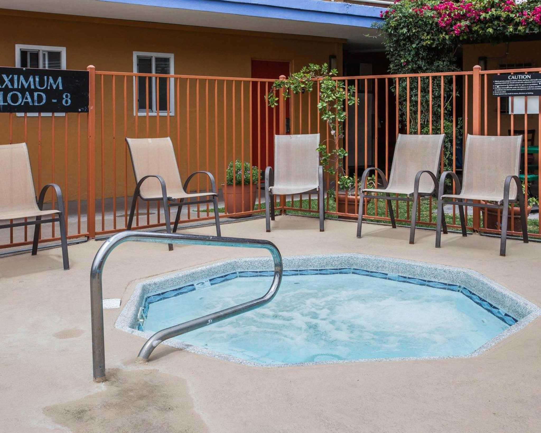 Quality Inn & Suites Anaheim at the Park image 14