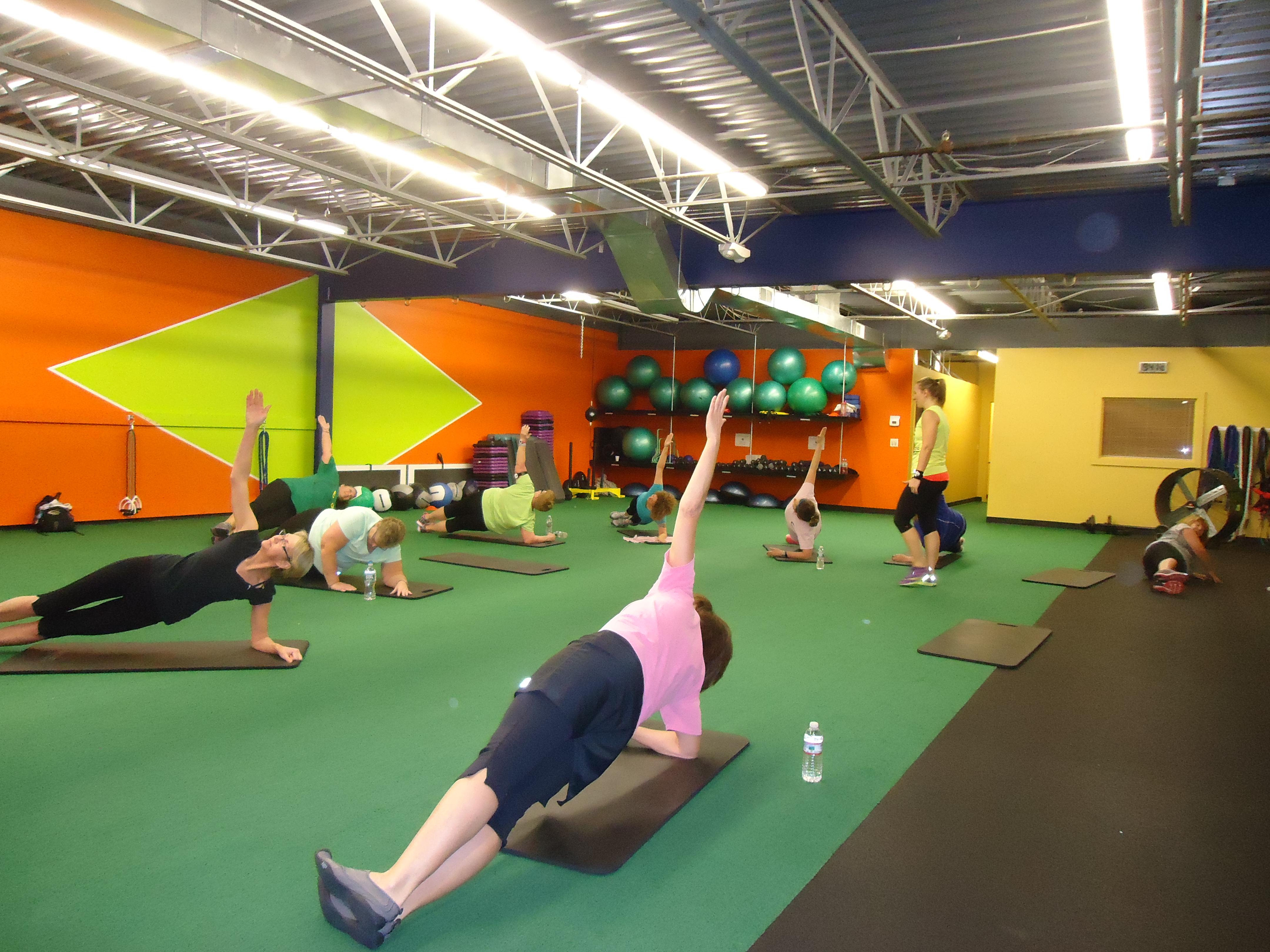Everybodys Fitness Center image 6