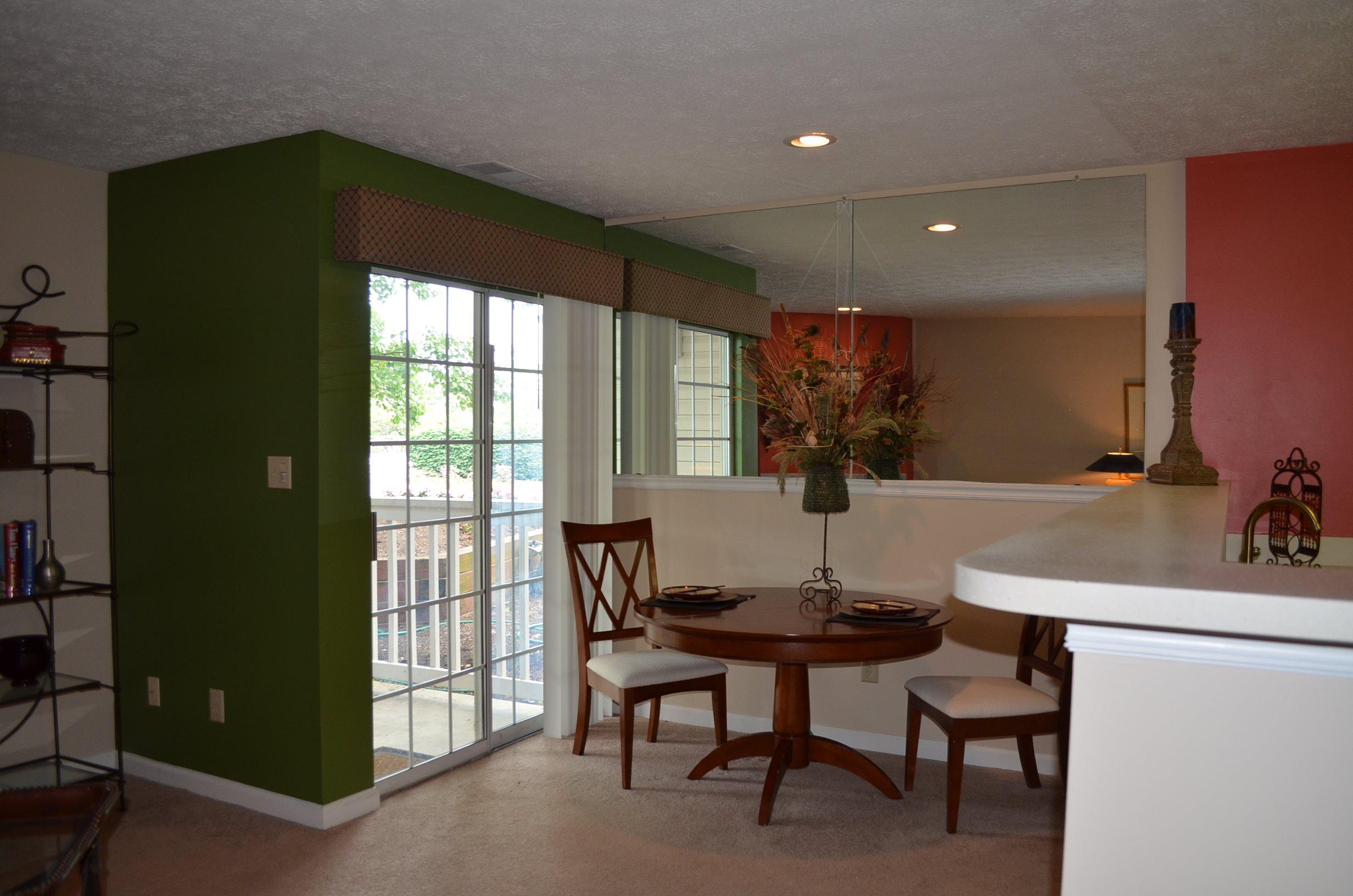 Patchen Oaks Apartments image 4