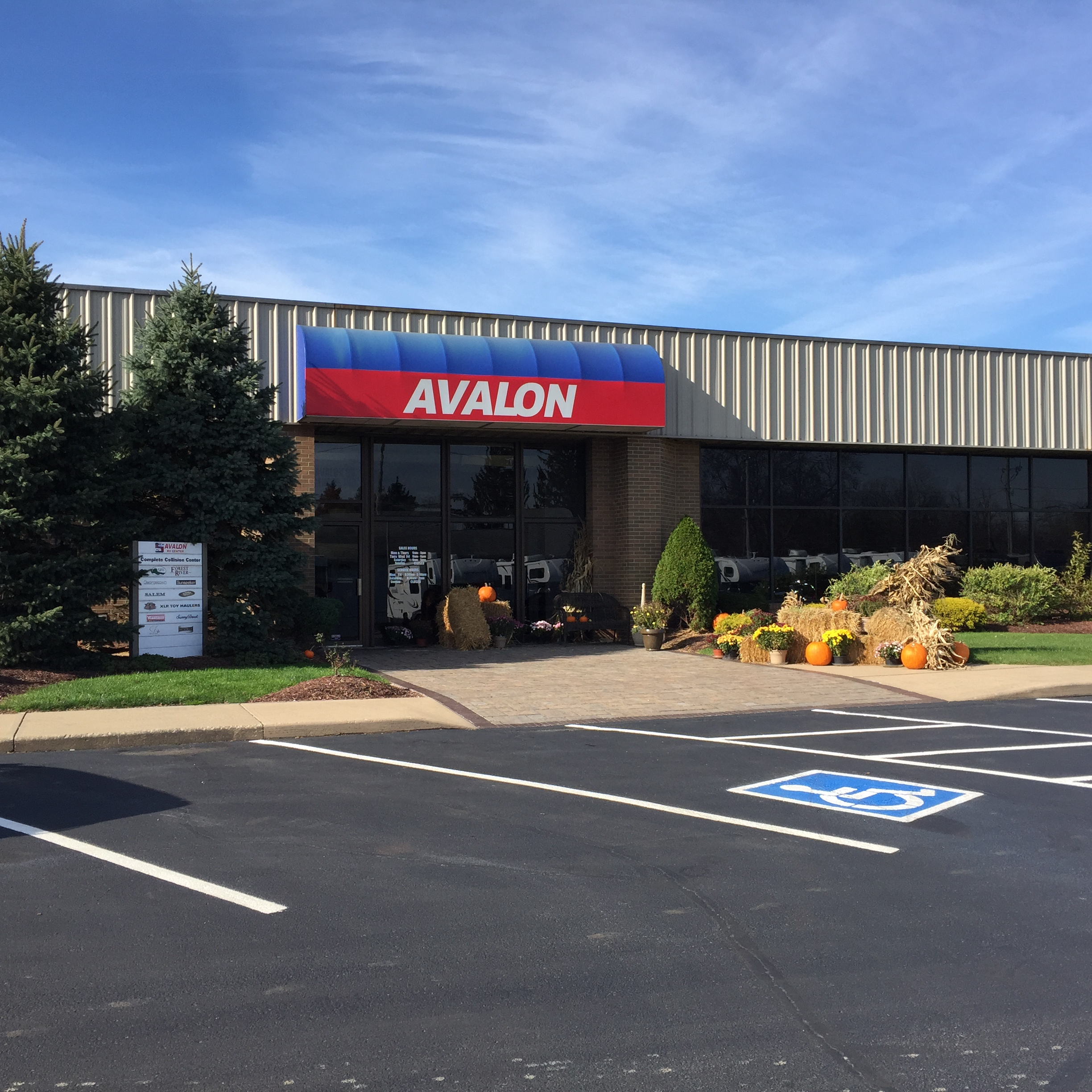 Avalon RV Center - Medina, OH - RV Rental & Repair