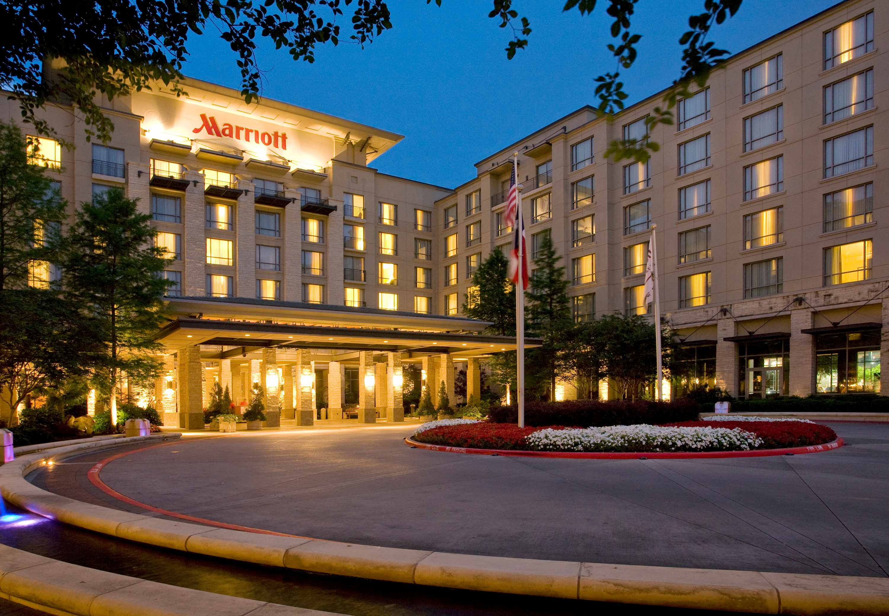 Dallas/Plano Marriott at Legacy Town Center image 3