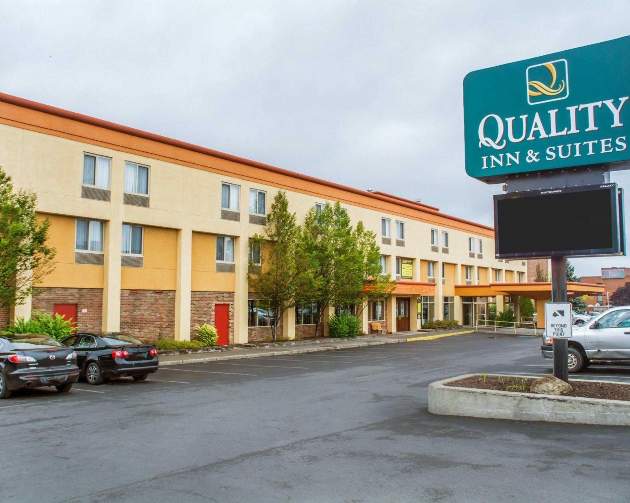 Quality Inn  U0026 Suites Riverfront In Oswego  Ny