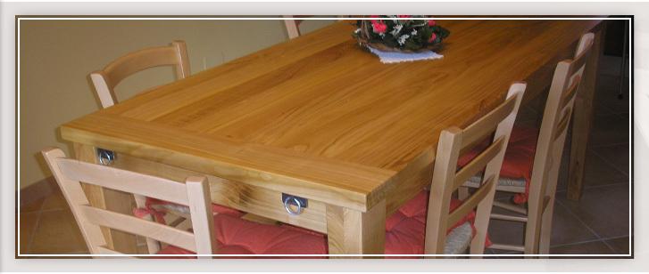 Falegnameria pellegrino scultori del legno mobili e for Pellegrino arredamenti