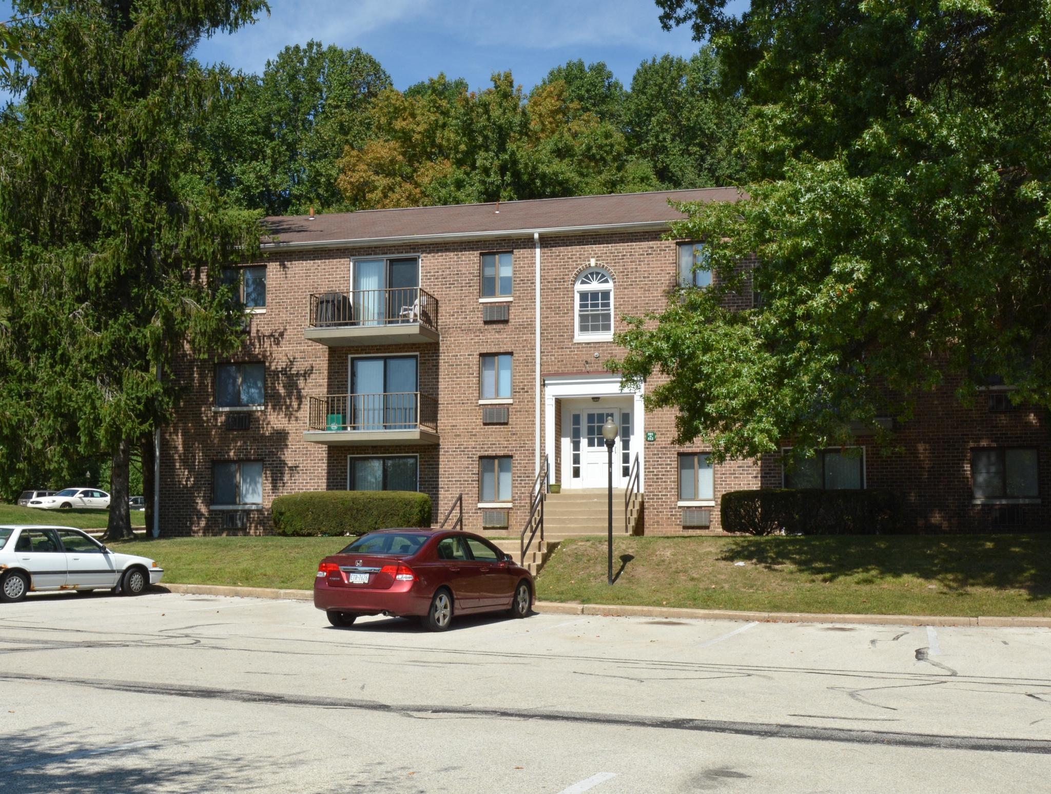 Norwood House Apartments image 2