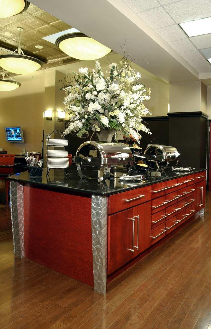 Homewood Suites by Hilton Indianapolis-Downtown image 1