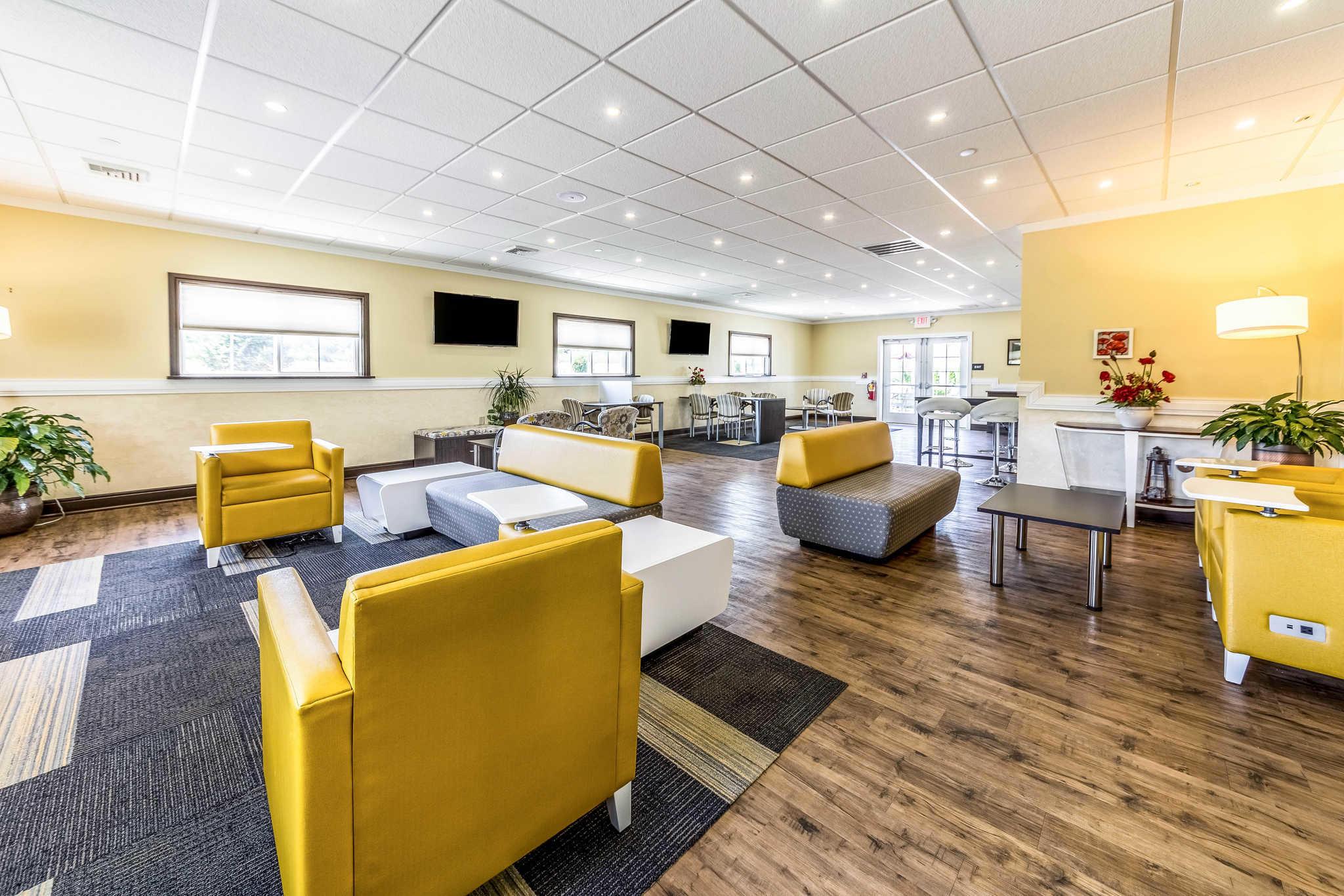 Comfort Inn & Suites Barnesville - Frackville image 7