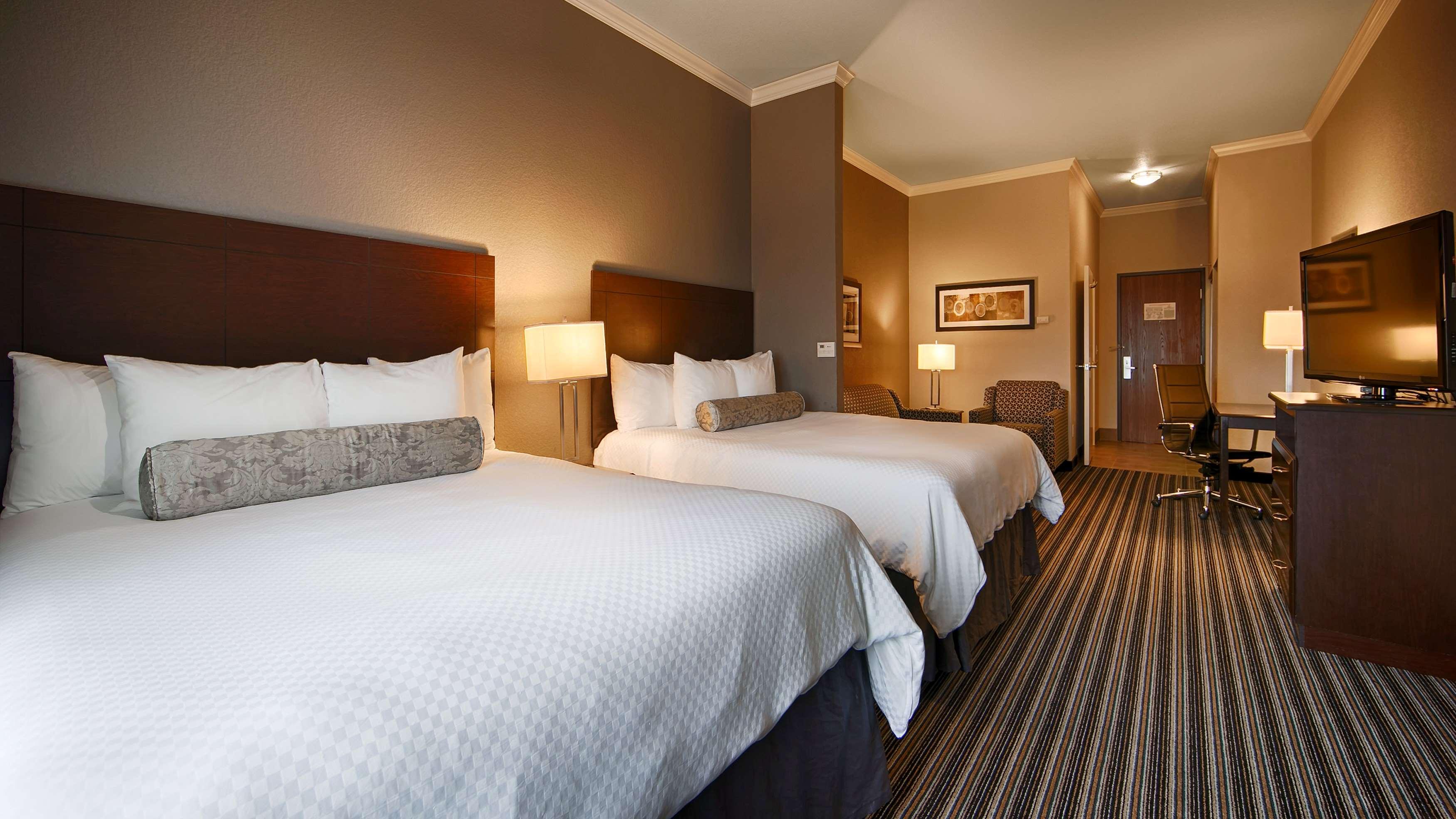 Best Western Plus Austin Airport Inn & Suites image 6