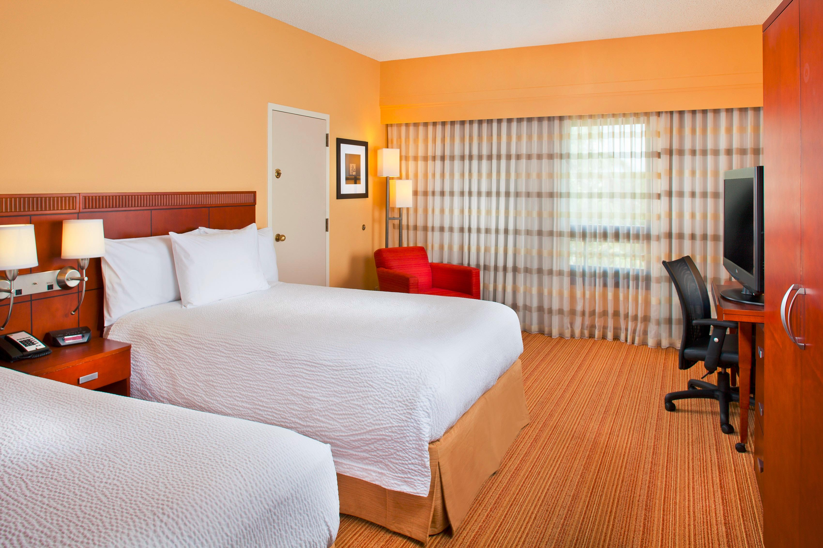 Courtyard by Marriott Miami Lakes image 16