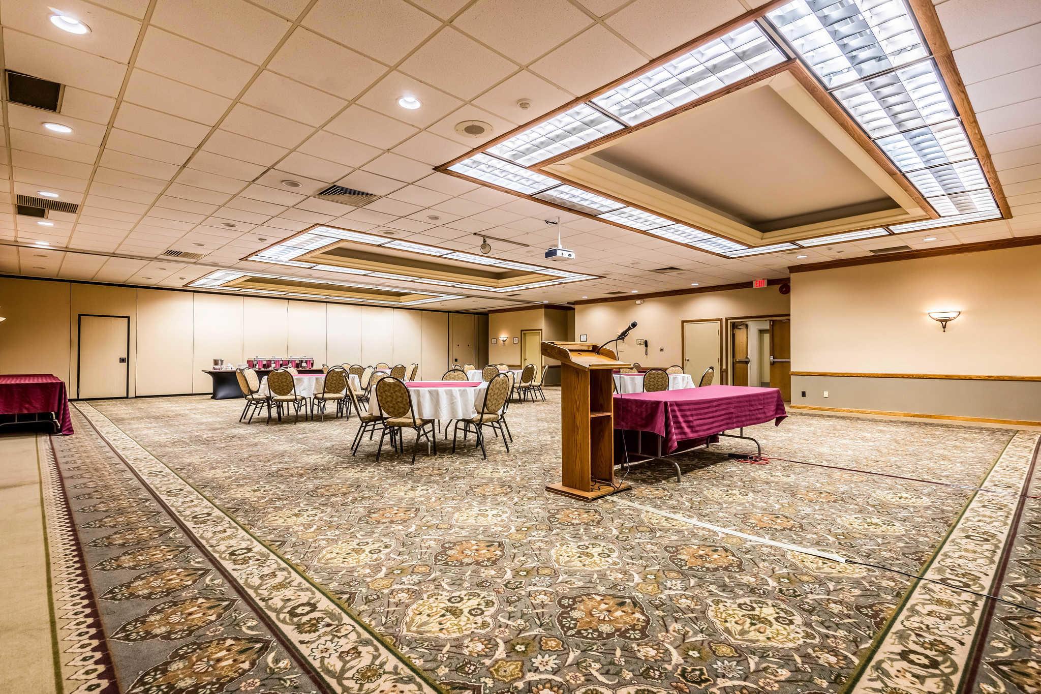 Quality Inn near Finger Lakes and Seneca Falls image 35