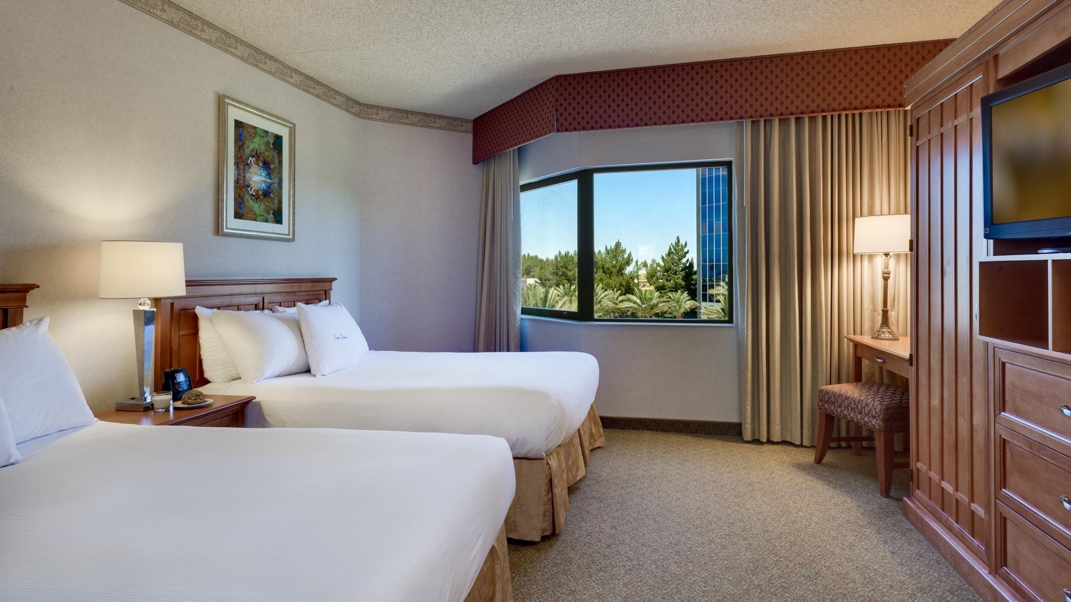 DoubleTree Suites by Hilton Hotel Phoenix image 3