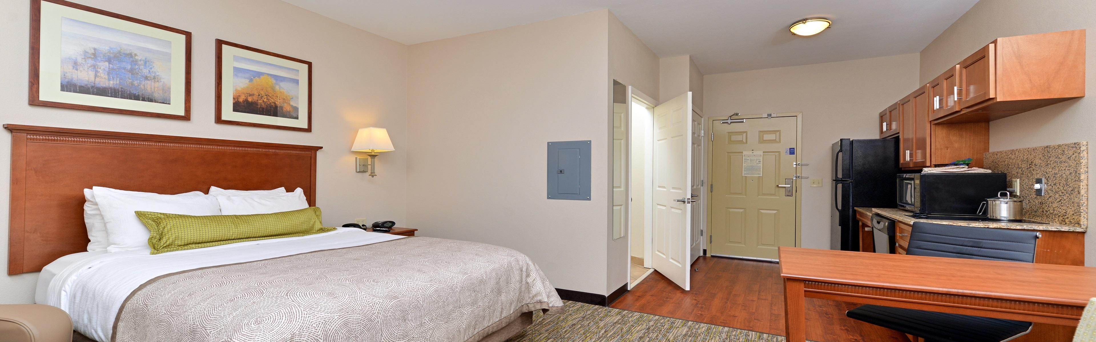 Candlewood Suites Athens image 1