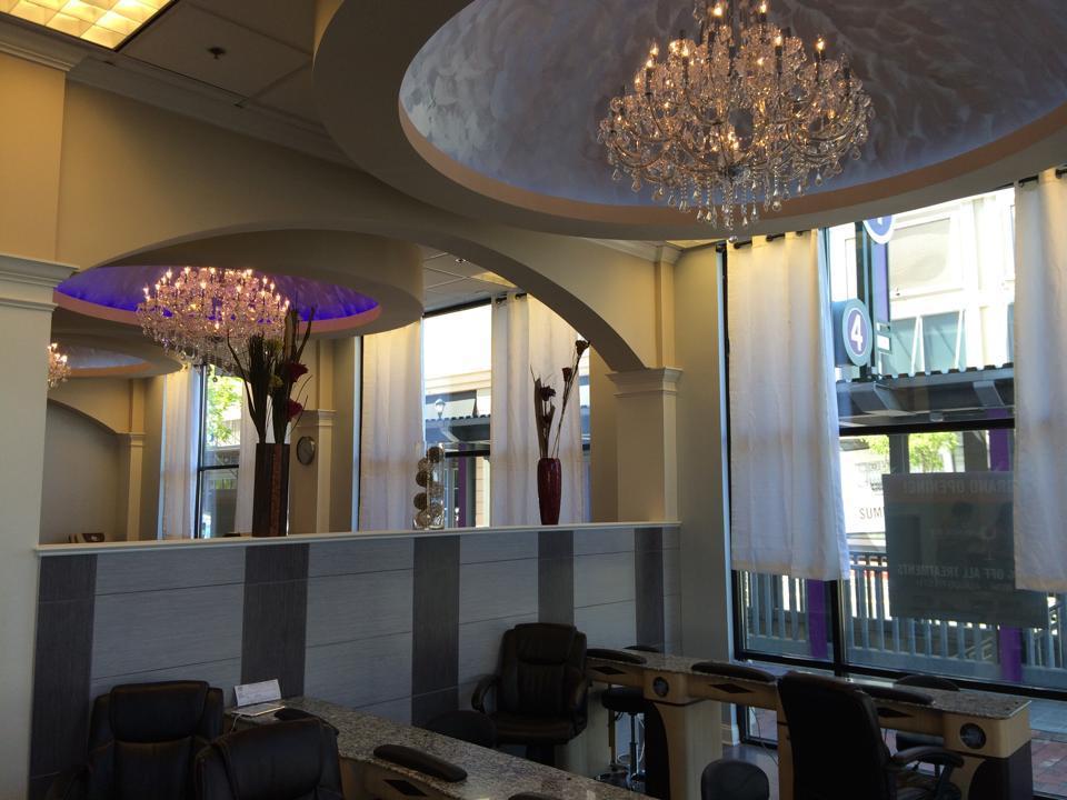 Lush Nail Bar Atlantic - Beauty Salon - Atlanta, GA 30363
