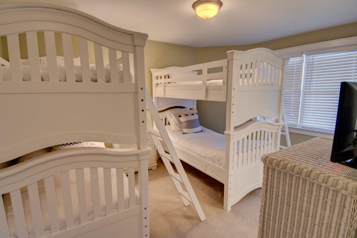 Isle of Palms Vacation Rentals by Exclusive Properties image 76