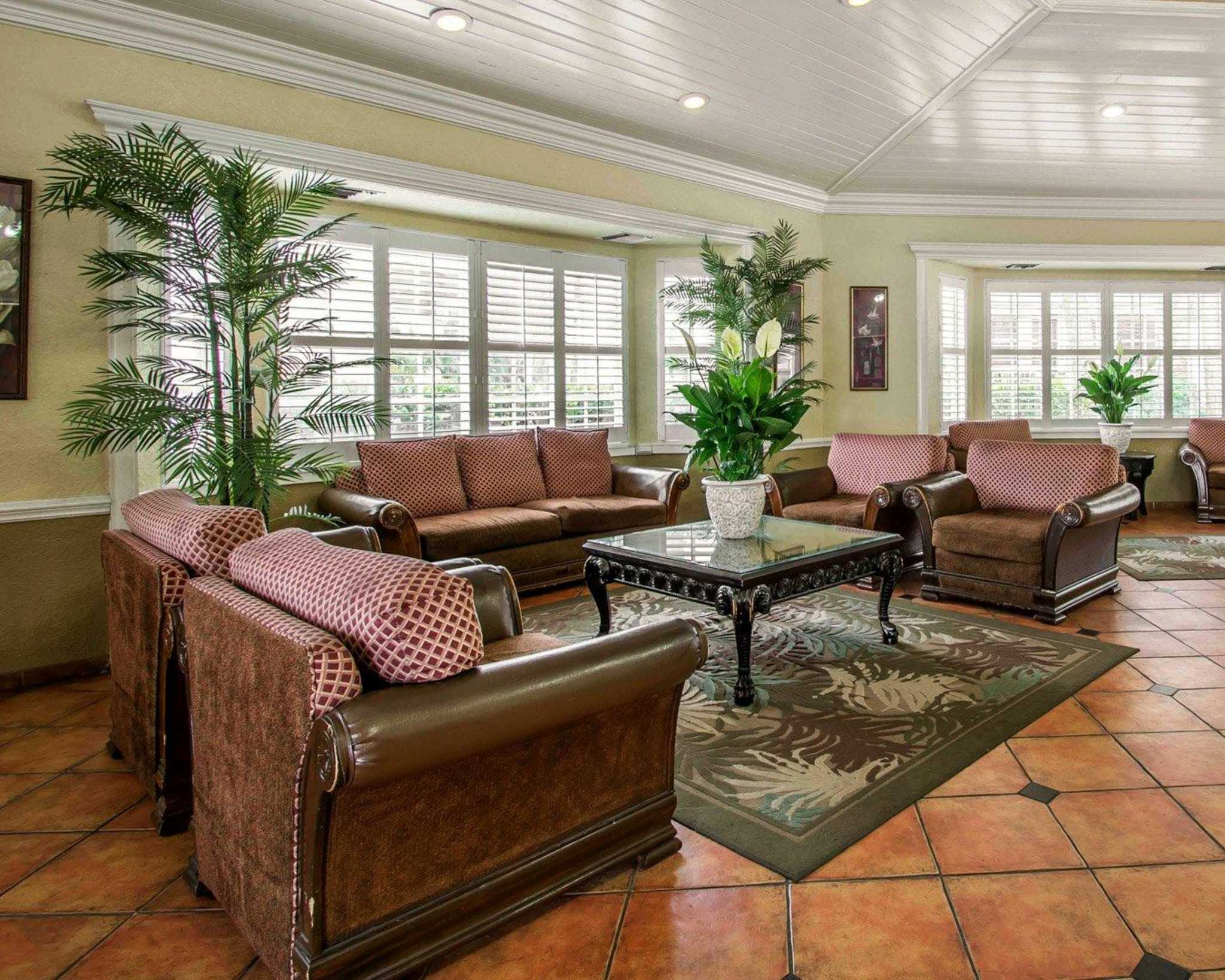 Comfort Inn Fort Lauderdale Airport Cruise Port South.Quality Inn ...