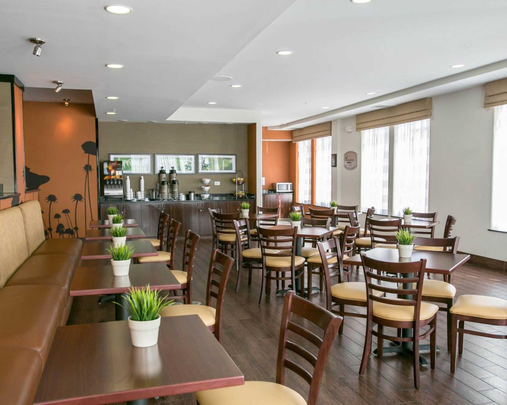 Sleep Inn & Suites Austin - Northeast image 18
