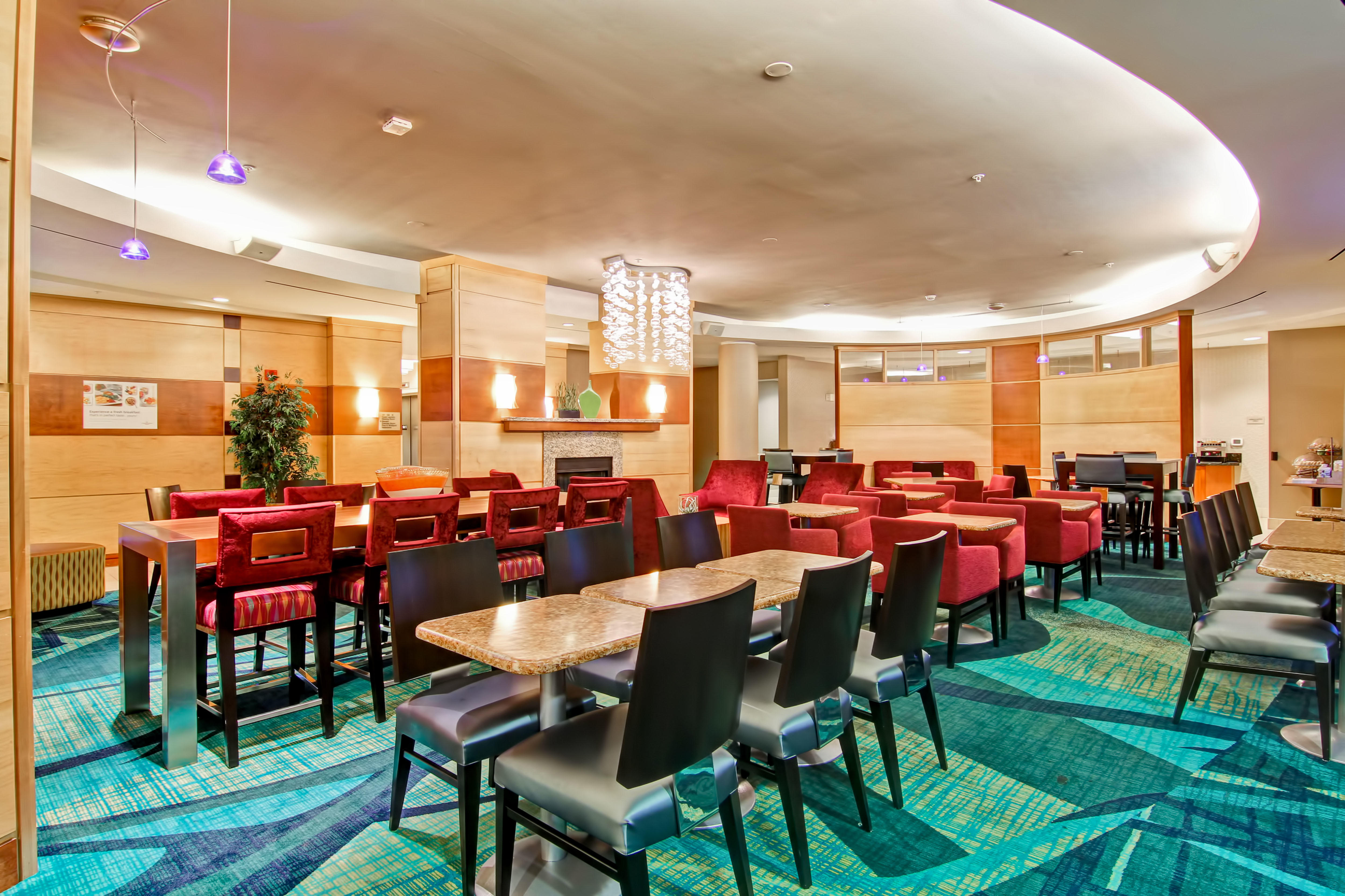 SpringHill Suites by Marriott Erie image 11