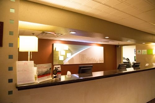 Holiday Inn Hotel & Suites Parsippany Fairfield - ad image