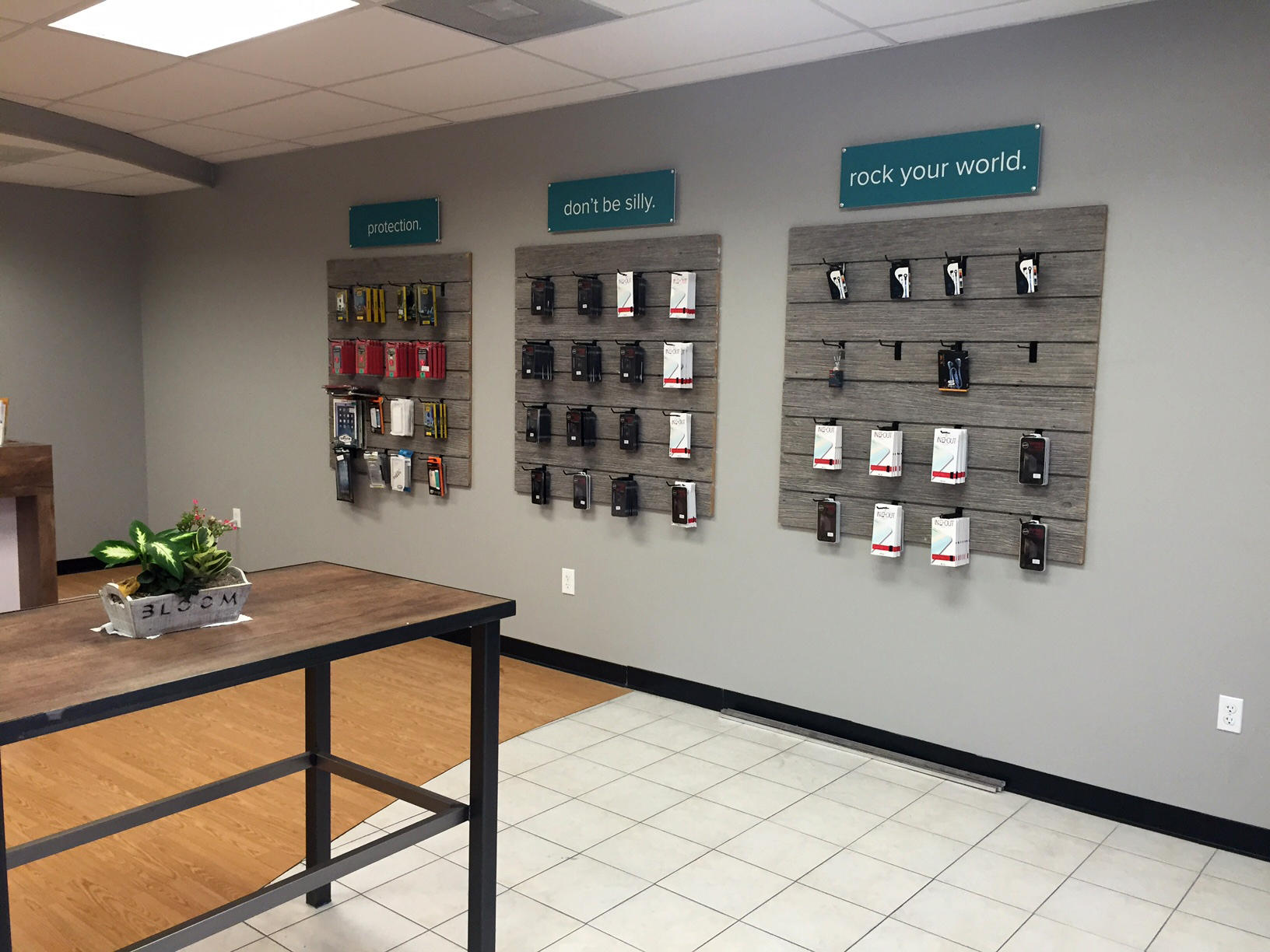CPR Cell Phone Repair Houston - Windermere Lakes Plaza image 7
