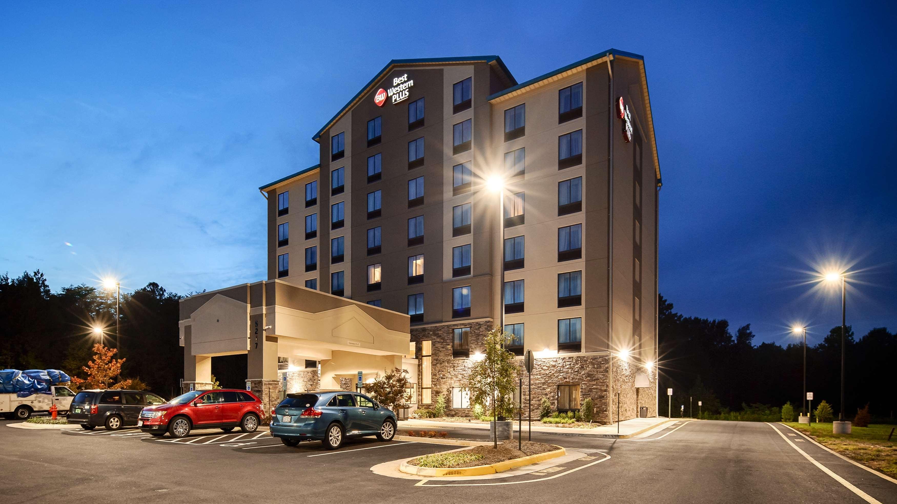 Best Western Plus Thornburg Inn & Suites image 18