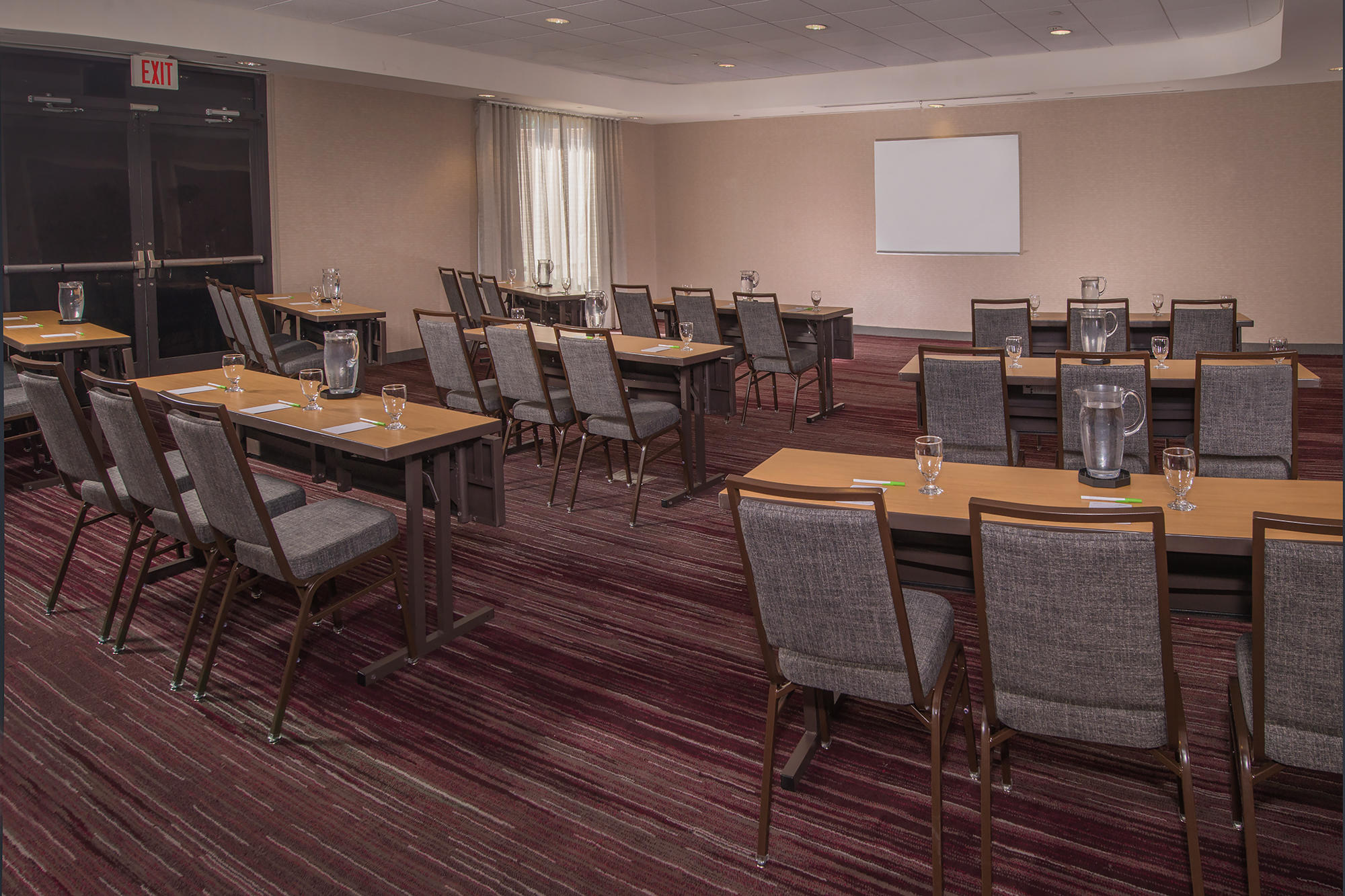 Courtyard by Marriott Fort Meade BWI Business District image 11