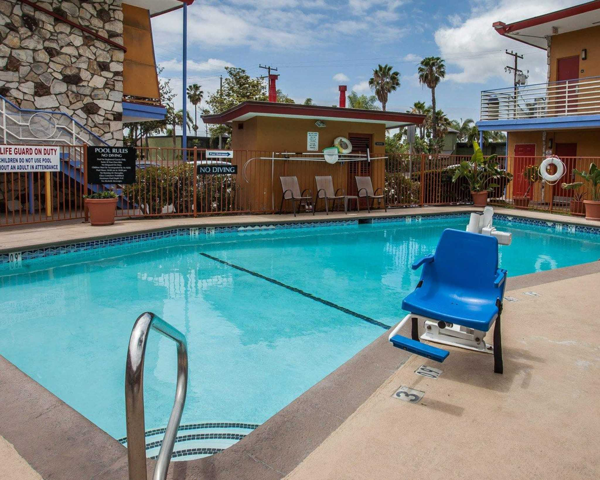 Quality Inn & Suites Anaheim at the Park image 13