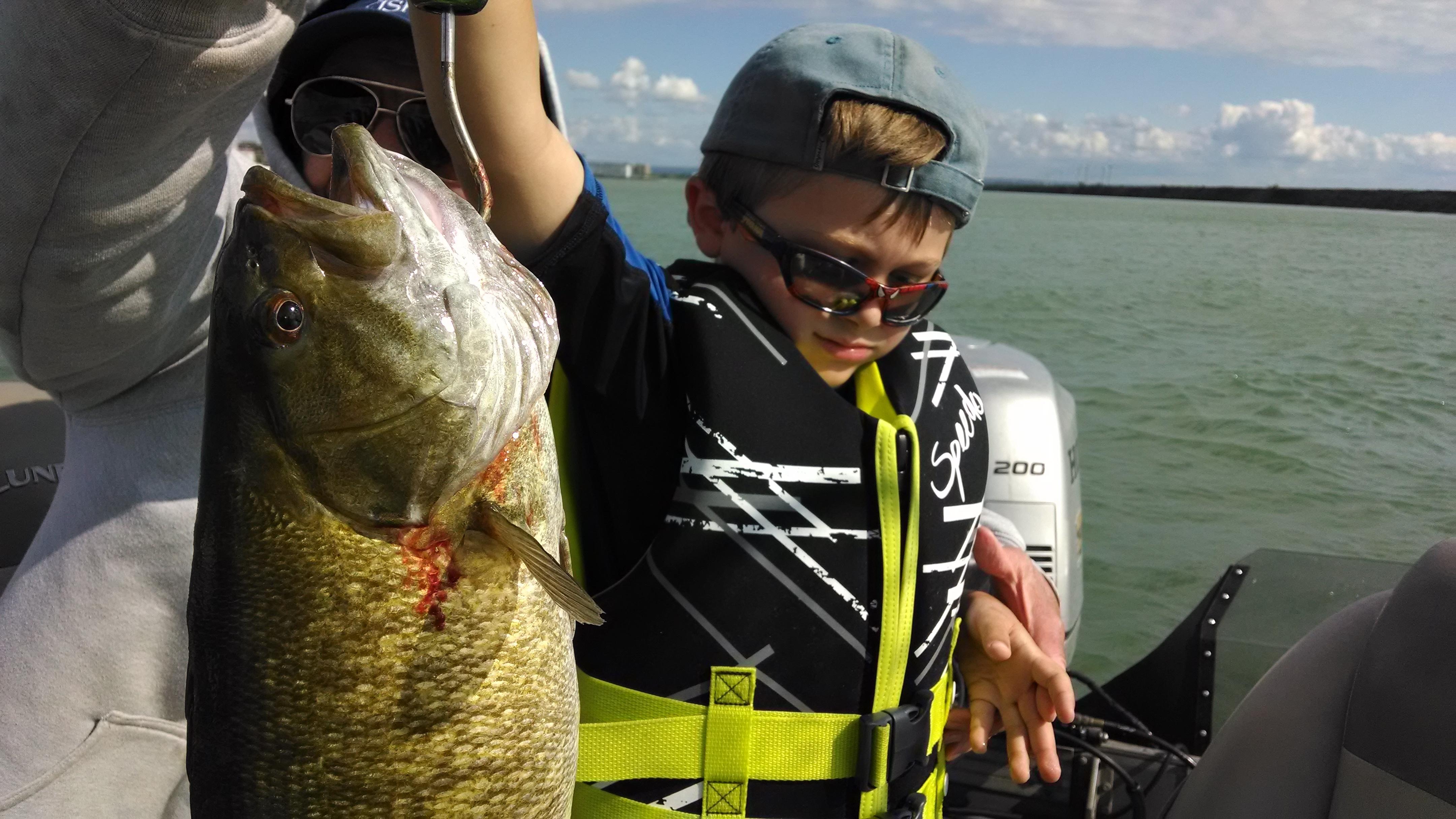 Drab6 fishing charters in lewiston ny 716 807 6 for Fishing charters buffalo ny