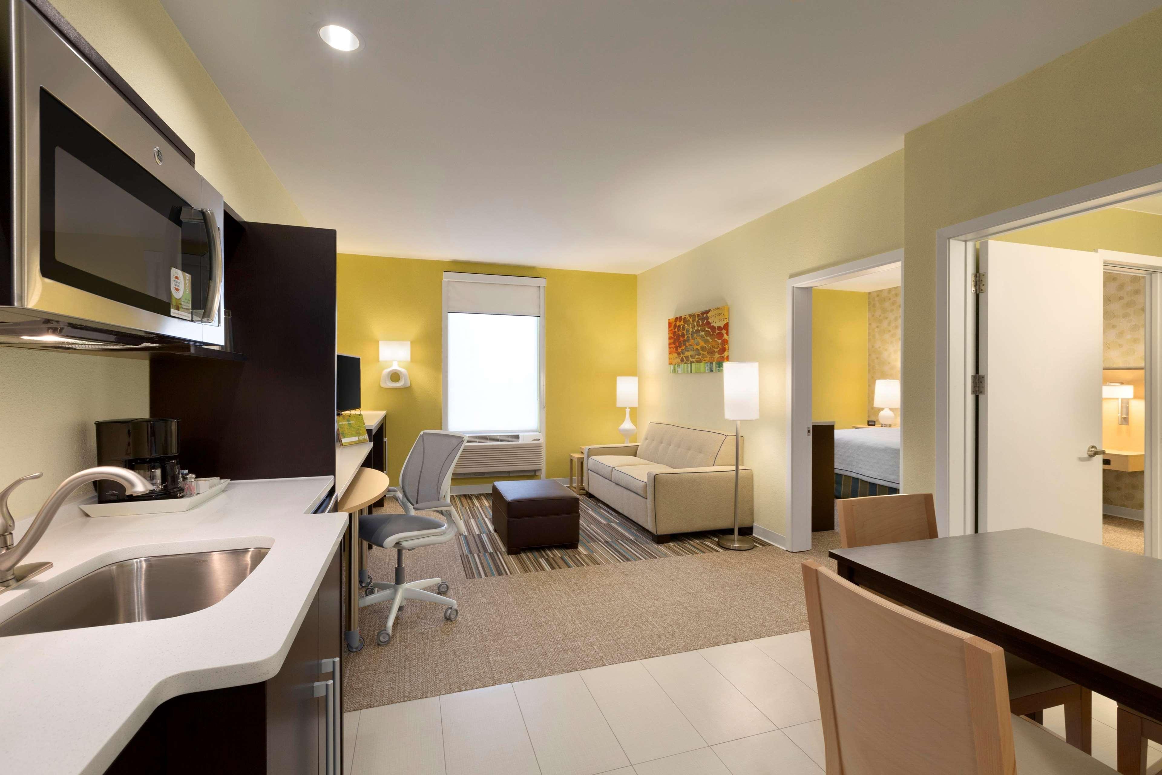 Home2 Suites by Hilton Houston Pasadena image 8
